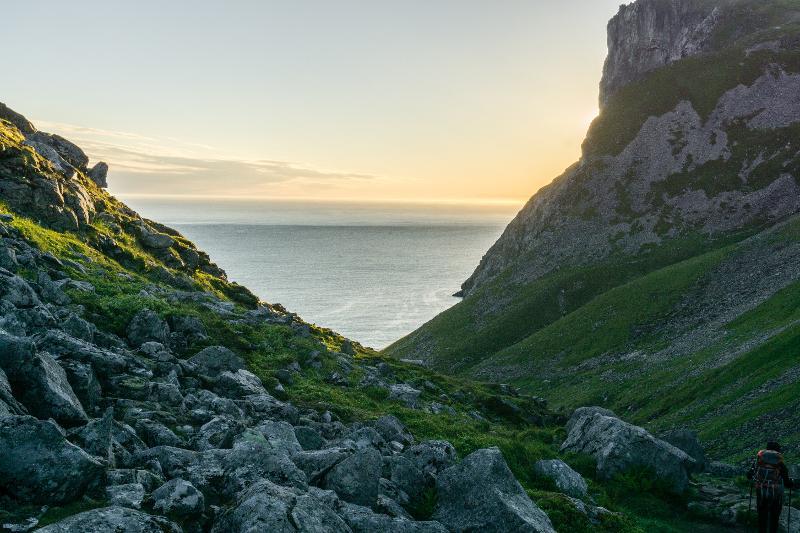 【羅弗敦群島】在世界的盡頭追逐午夜太陽 - Kvalvika Beach 13
