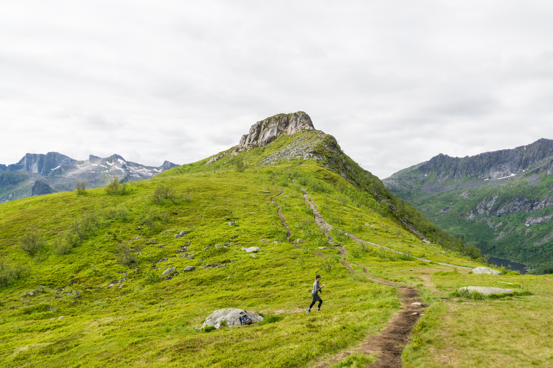 【羅弗敦群島】一次眺望兩個小鎮的人氣健行路線 - Tjeldbergtind Trail 18