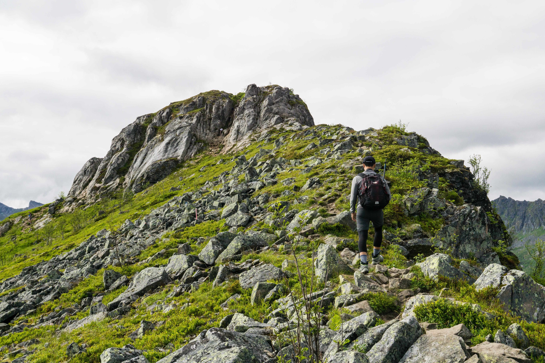 【羅弗敦群島】一次眺望兩個小鎮的人氣健行路線 - Tjeldbergtind Trail 22