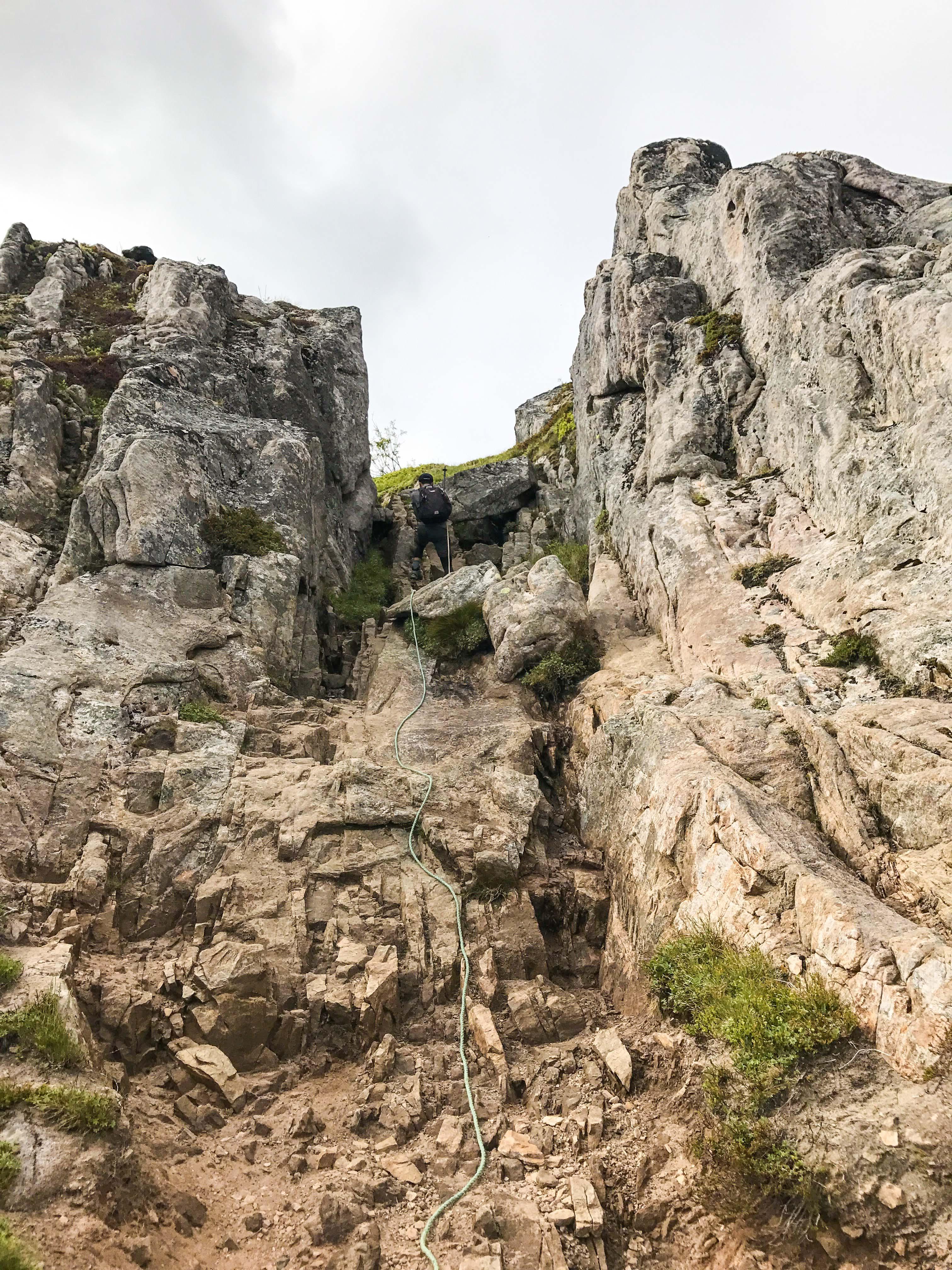 【羅弗敦群島】一次眺望兩個小鎮的人氣健行路線 - Tjeldbergtind Trail 25
