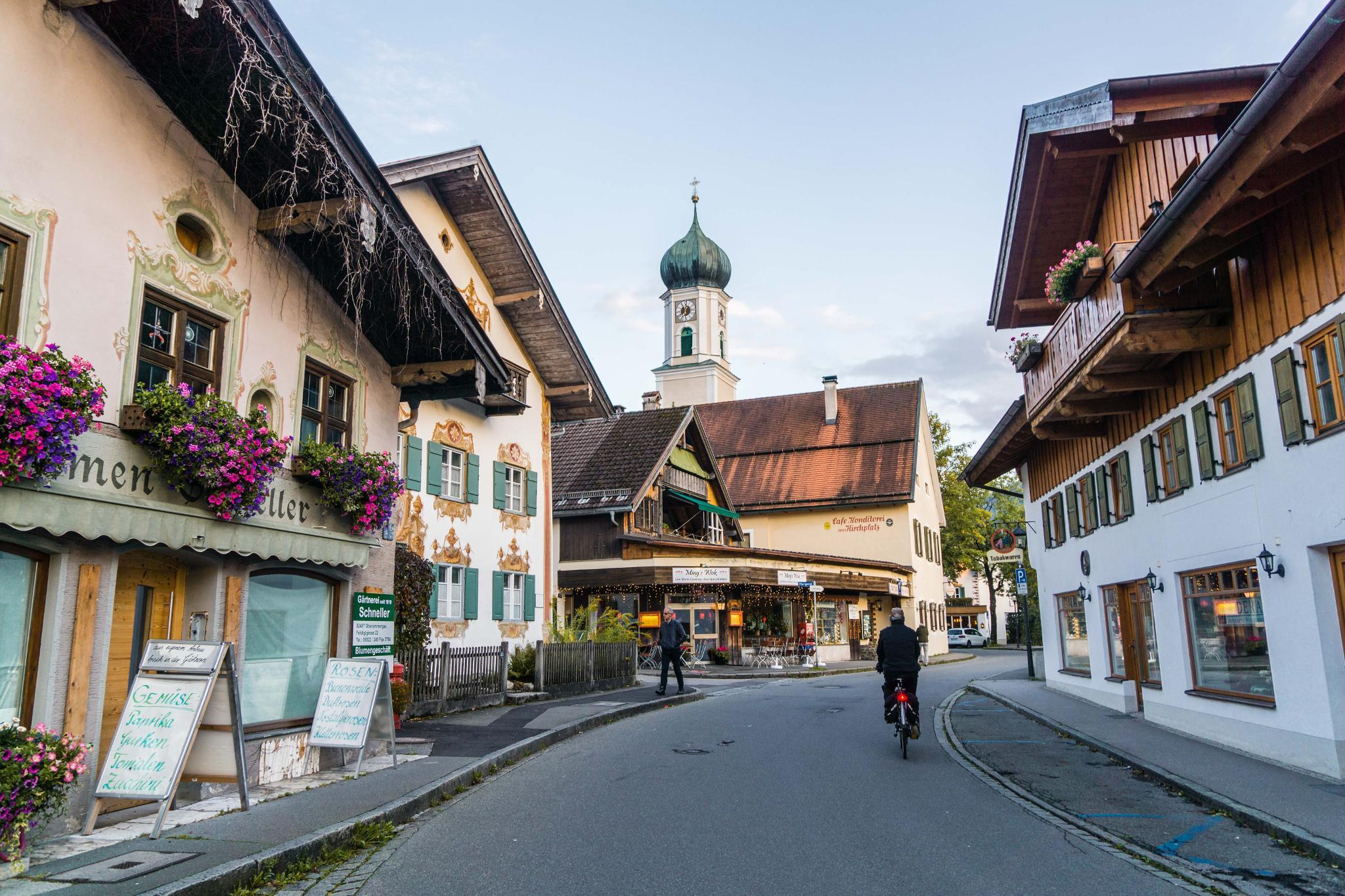 【德國】 阿爾卑斯大道 – 上阿瑪高小鎮 (Oberammergau)