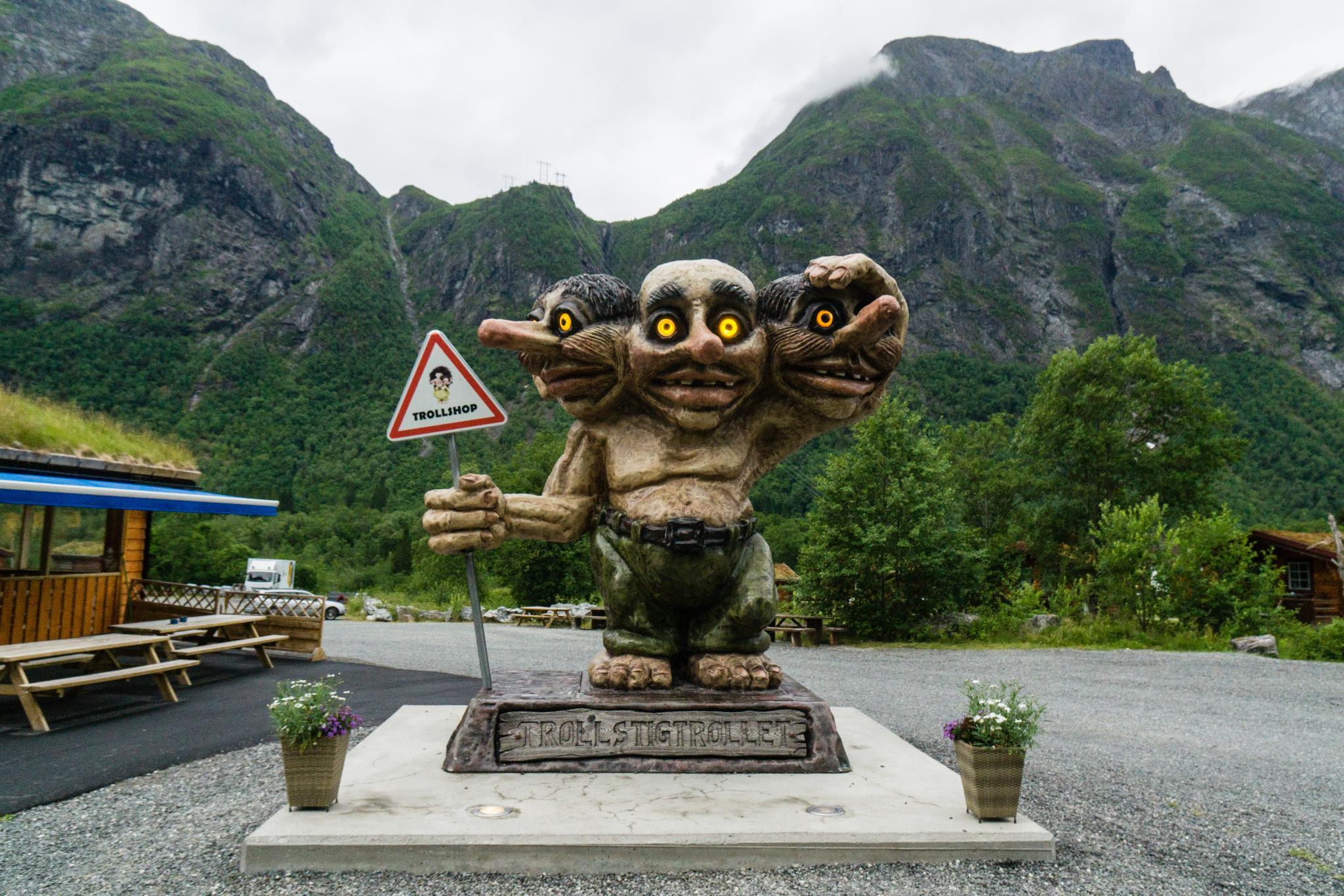 【北歐露營】在妖精出沒的峽谷中露營 - Trollstigen Camping 1