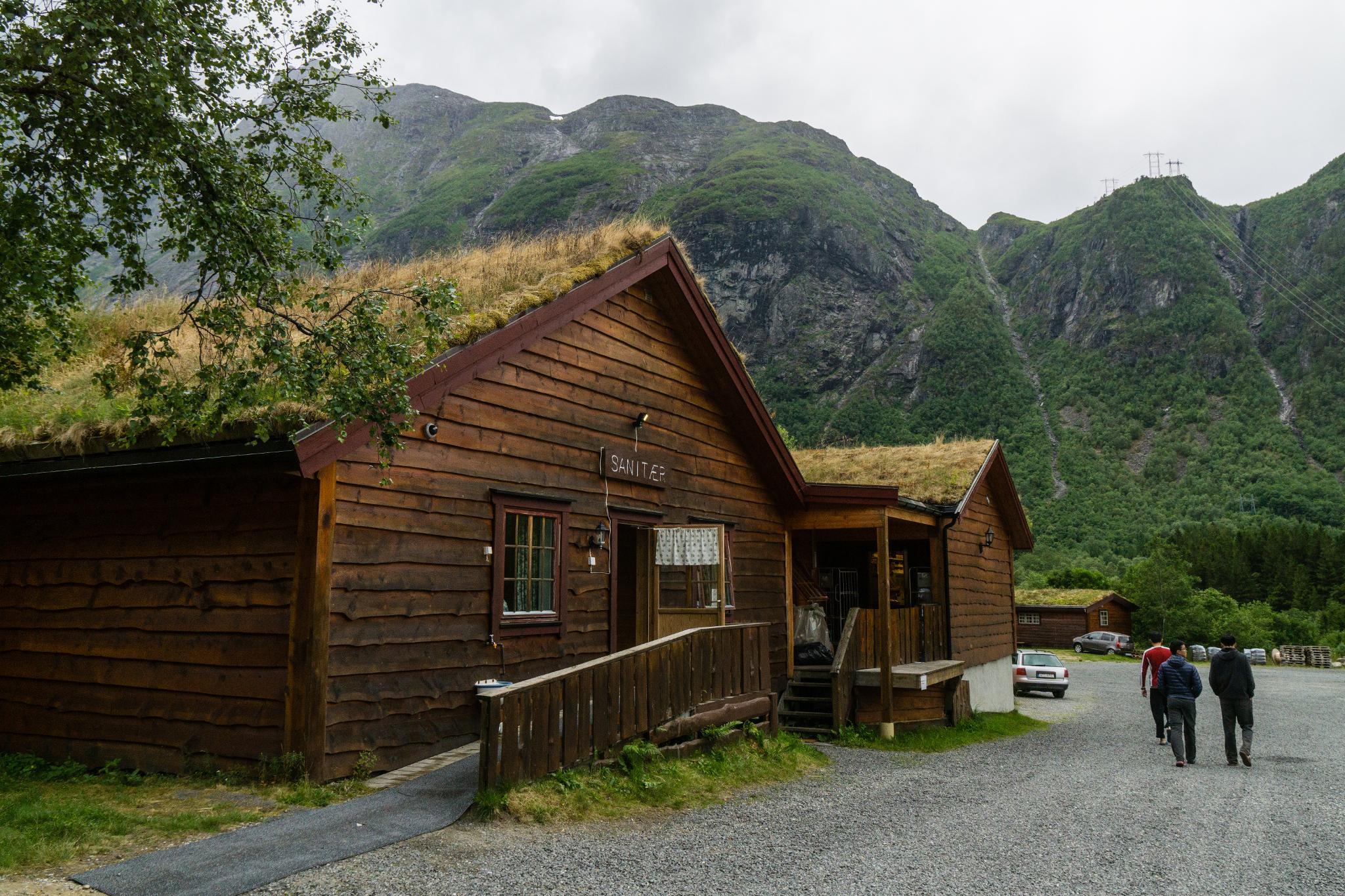【北歐露營】在妖精出沒的峽谷中露營 - Trollstigen Camping 11