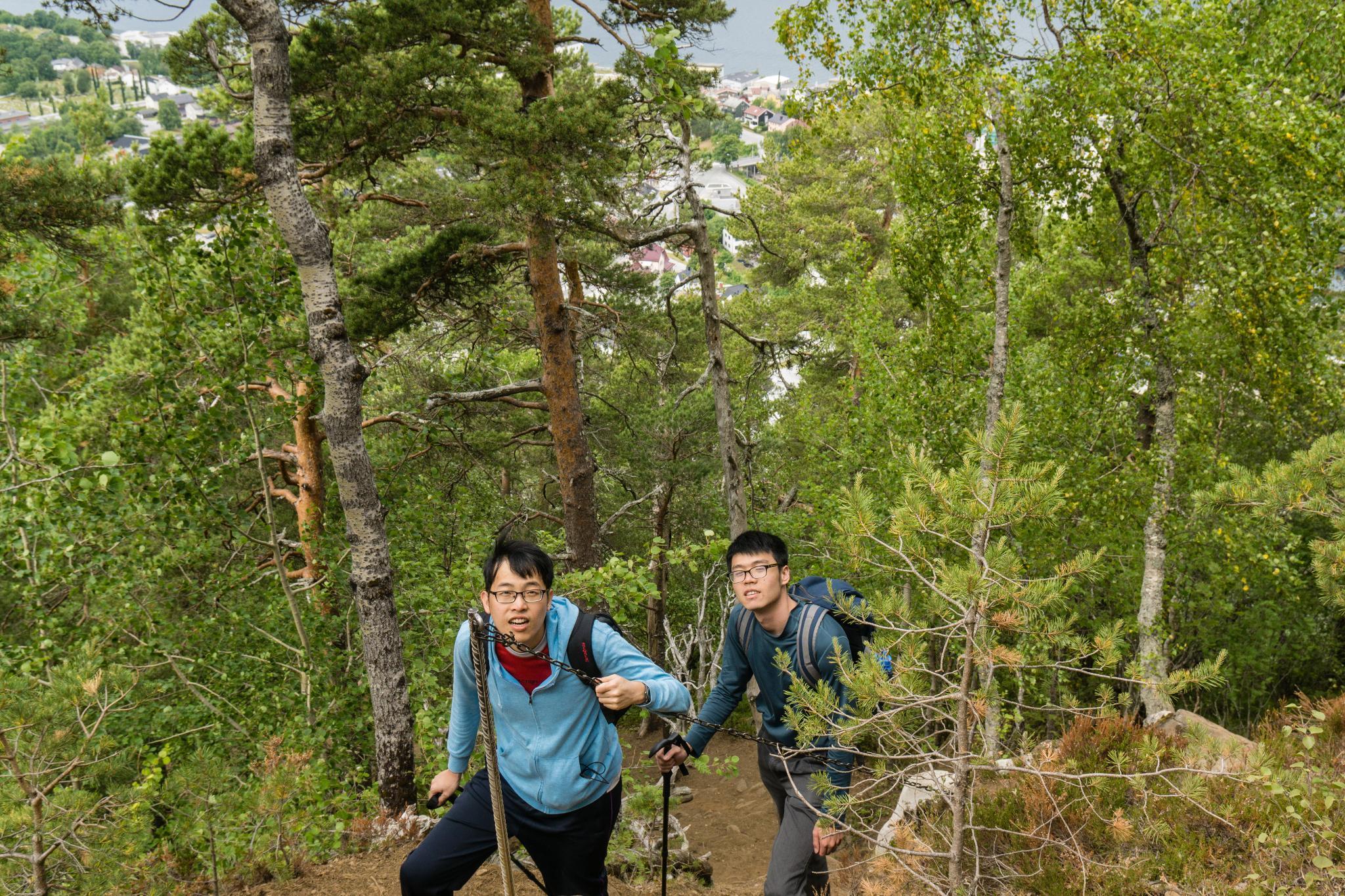 【北歐景點】峽灣區起點Åndalsnes健行 - 鳥瞰峽灣全景的Rampestreken觀景台 15