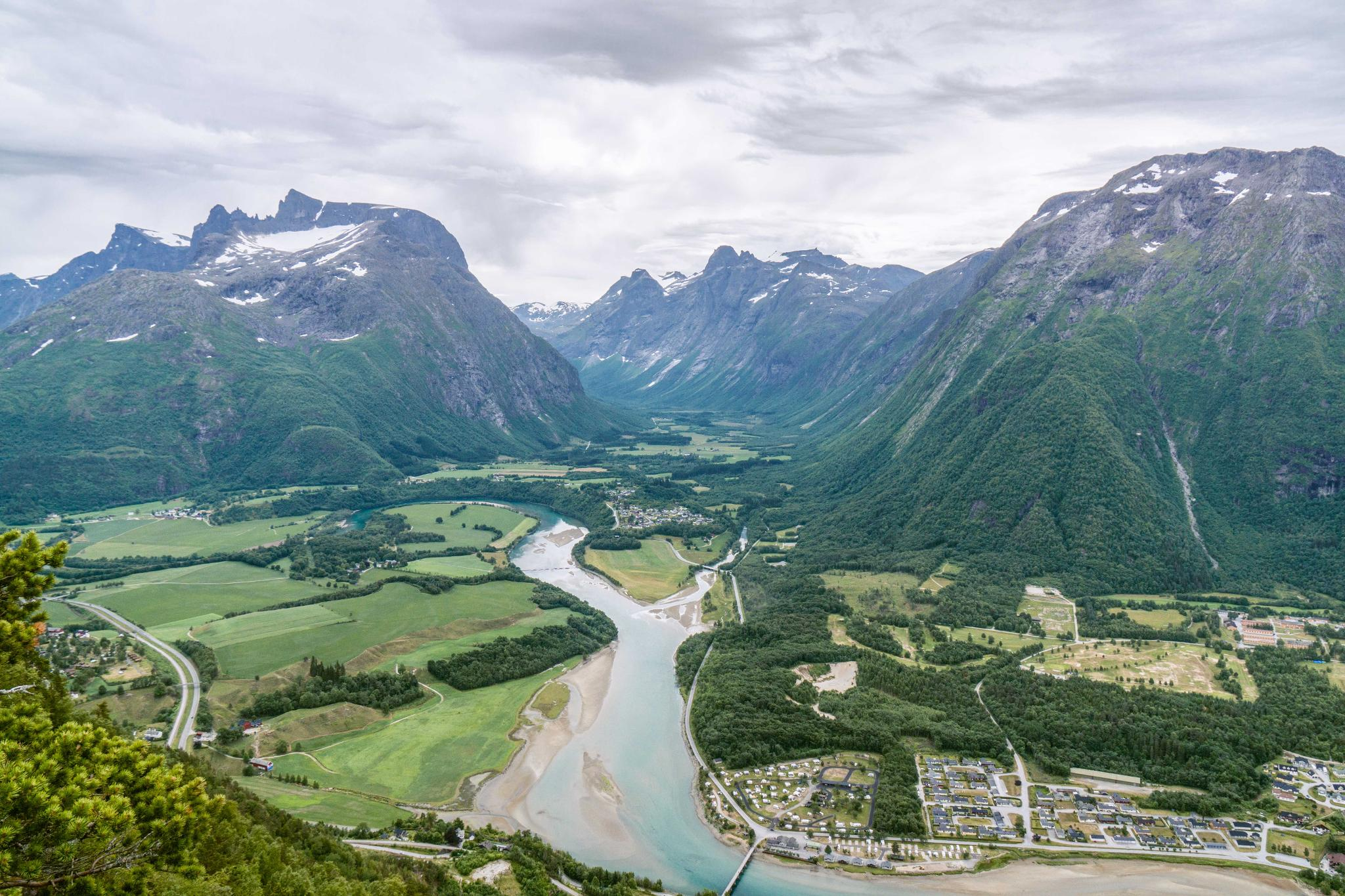 【北歐景點】峽灣區起點Åndalsnes健行 - 鳥瞰峽灣全景的Rampestreken觀景台 34