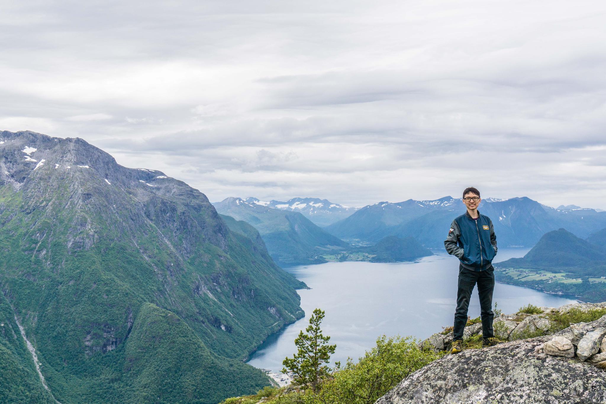 【北歐景點】峽灣區起點Åndalsnes健行 - 鳥瞰峽灣全景的Rampestreken觀景台 37