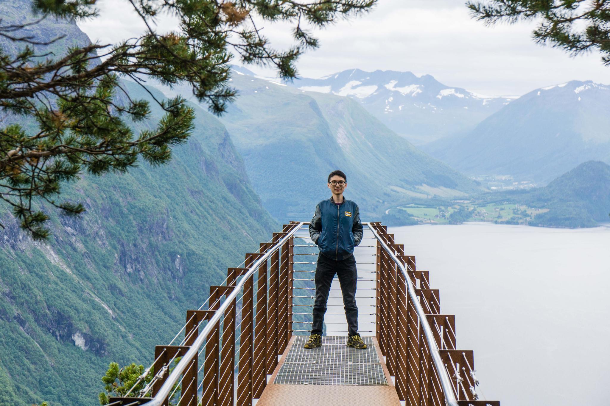 【北歐景點】峽灣區起點Åndalsnes健行 - 鳥瞰峽灣全景的Rampestreken觀景台 21