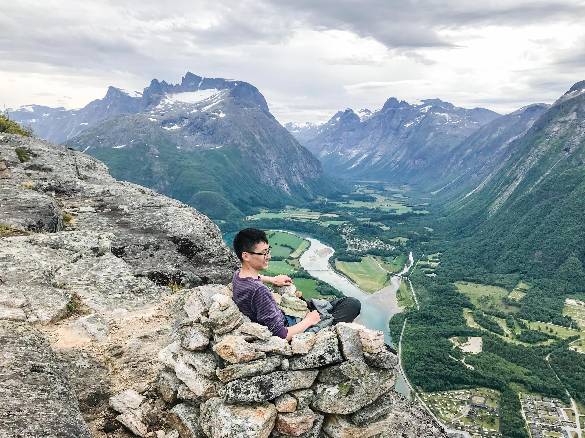 【北歐景點】峽灣區起點Åndalsnes健行 - 鳥瞰峽灣全景的Rampestreken觀景台 25