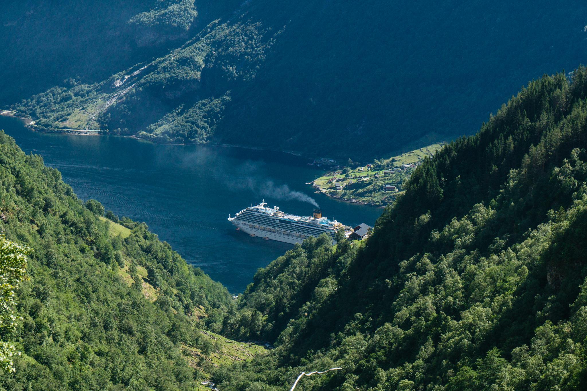 【北歐景點】Ørnesvingen 老鷹之路 ∣ 挪威世界遺產 — 蓋倫格峽灣景點總整理 10