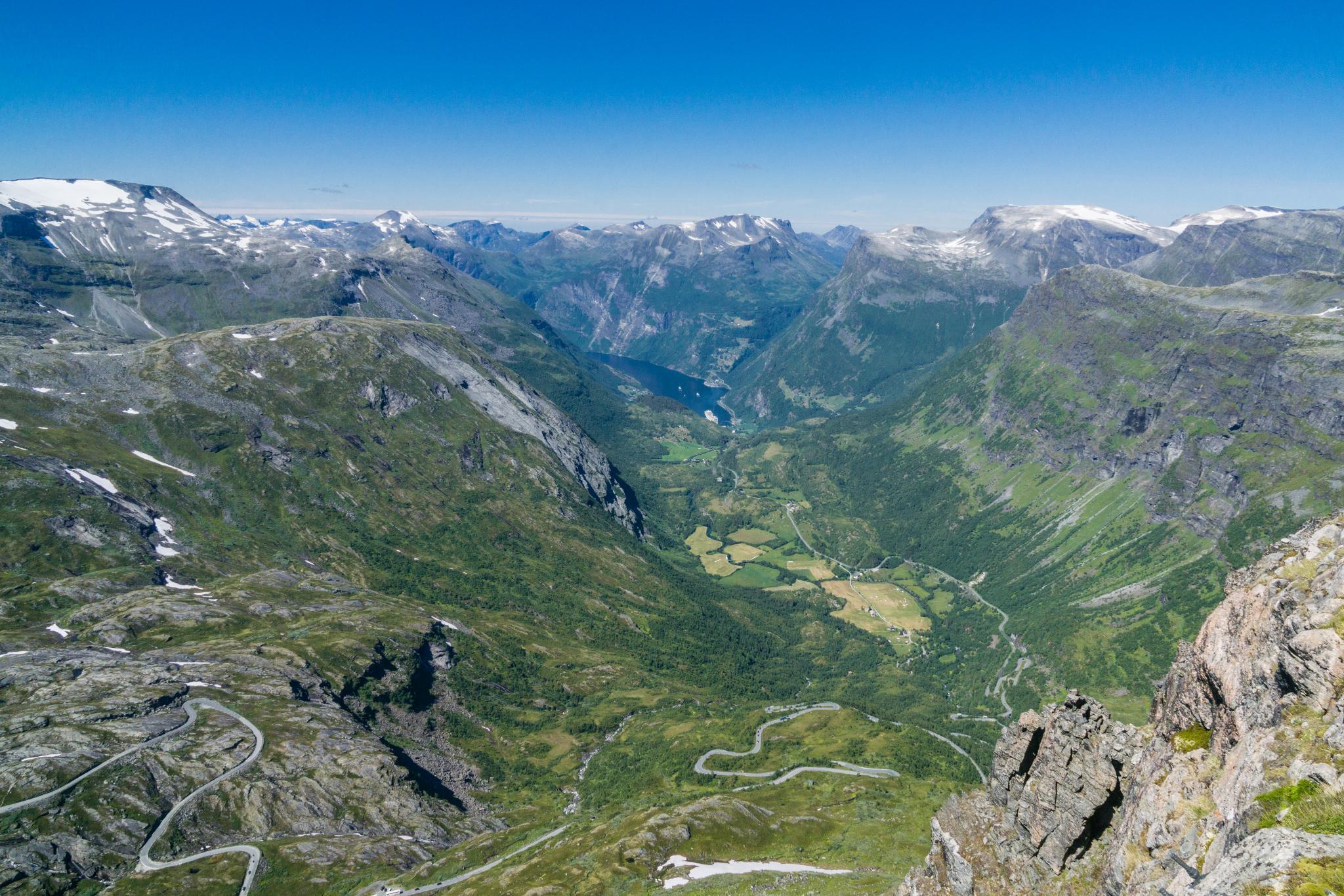 【北歐景點】歐洲最震撼的峽灣觀景台 — Dalsnibba Mountain Plateau 21