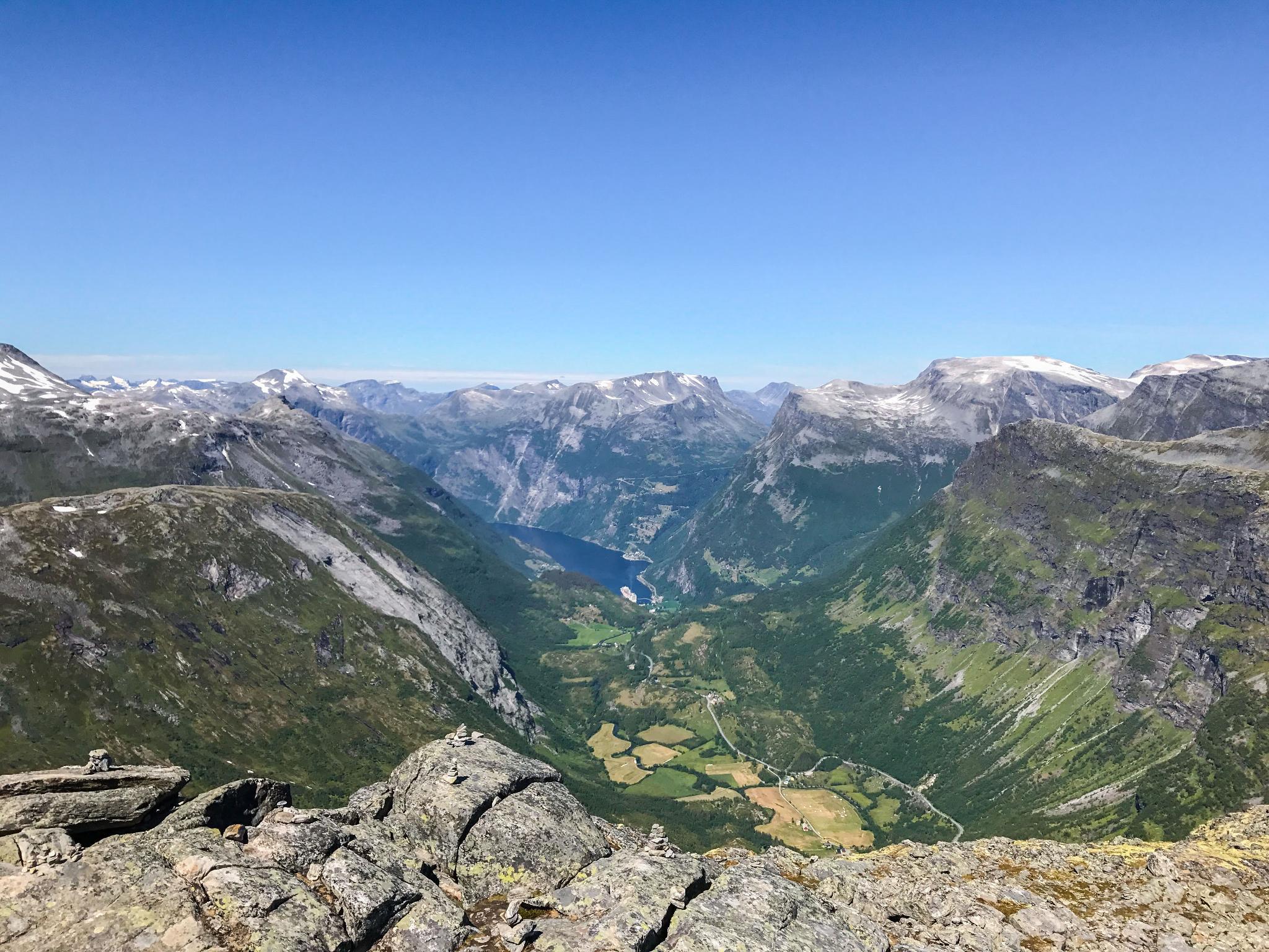 【北歐景點】歐洲最震撼的峽灣觀景台 — Dalsnibba Mountain Plateau 22