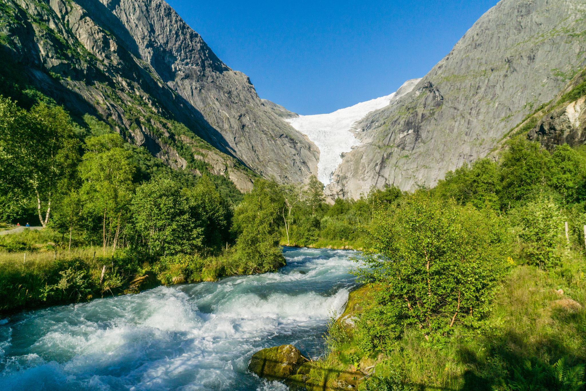 【北歐景點】挪威散步看冰川 - Briksdal Glacier 逐漸消融的冰河哀愁 4