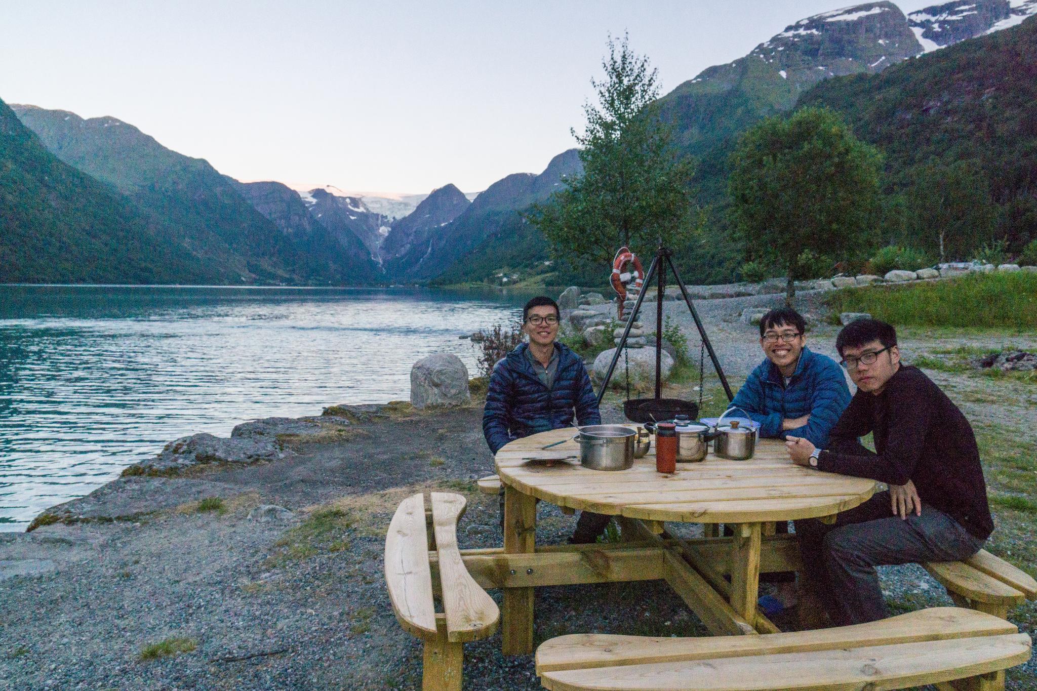 【北歐露營】擁抱Briksdal Glacier的怦然心動 - 在冰河最前緣露營的Gryta Camping 13