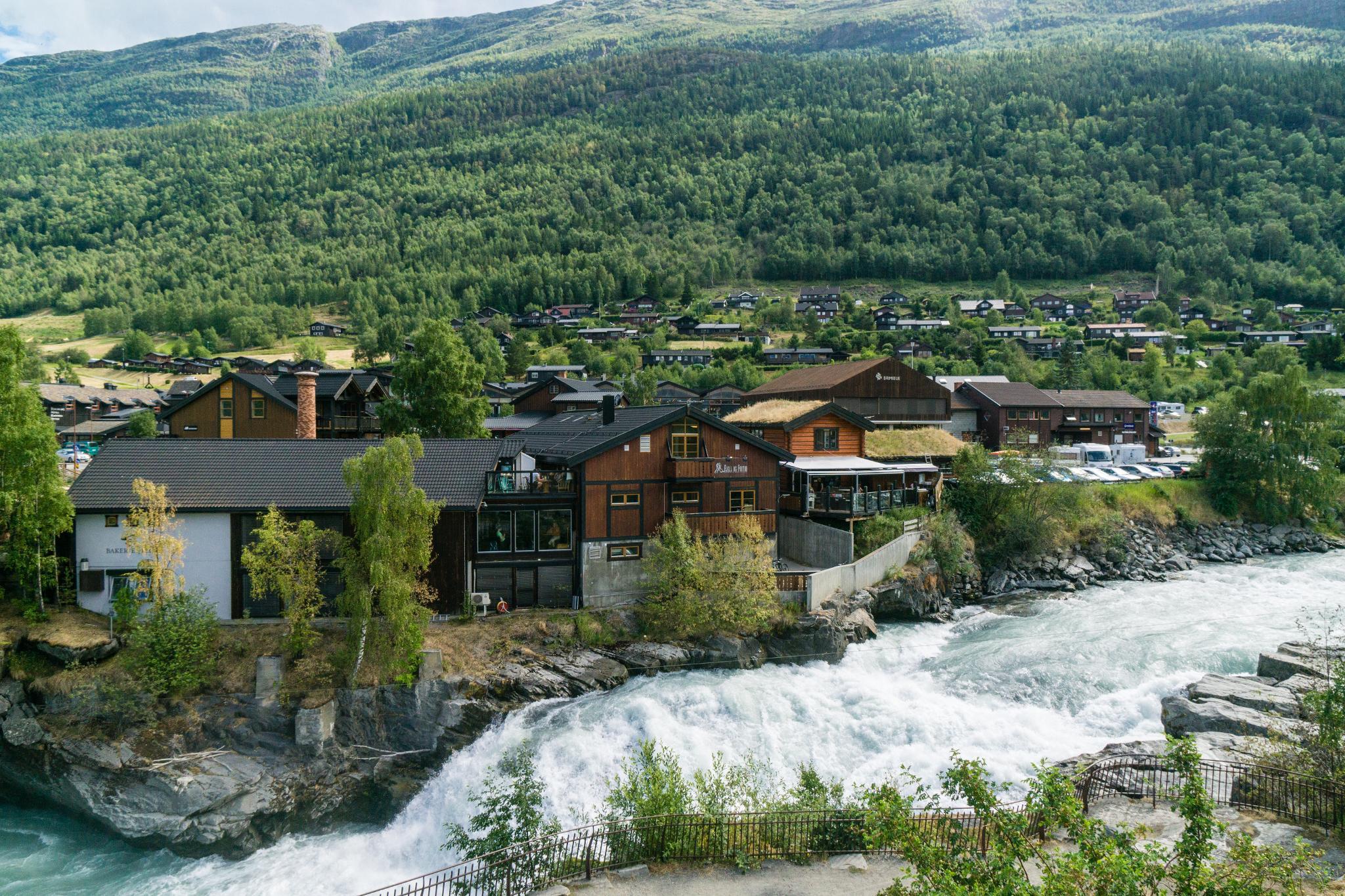 【北歐景點】穿越挪威的屋脊 - 前進北歐最美的冰原景觀公路 Fv55松恩山路 (Sognefjellet) 8