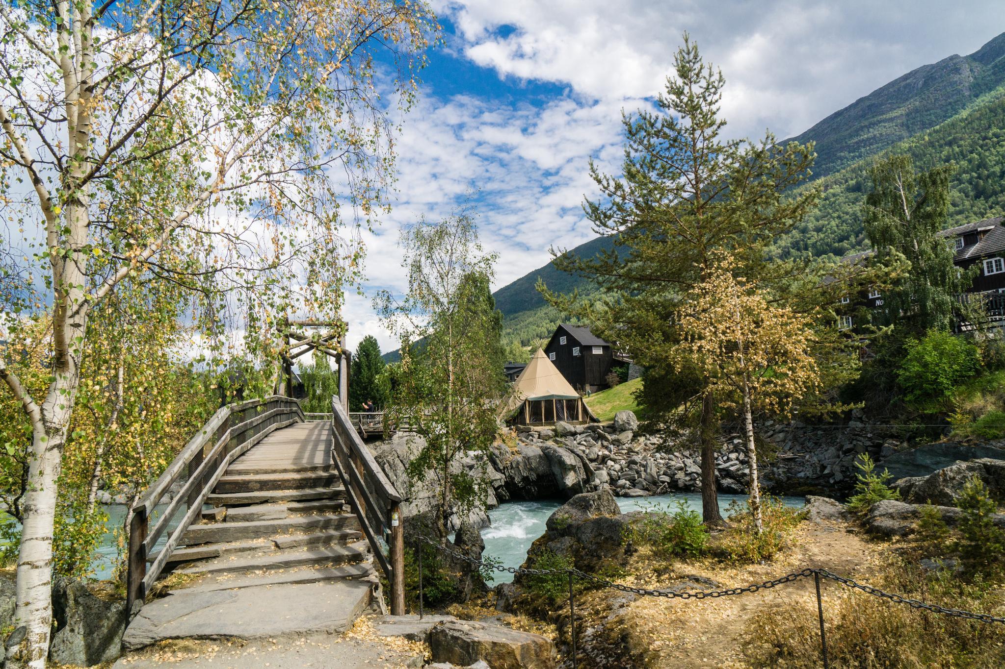 【北歐景點】穿越挪威的屋脊 - 前進北歐最美的冰原景觀公路 Fv55松恩山路 (Sognefjellet) 10