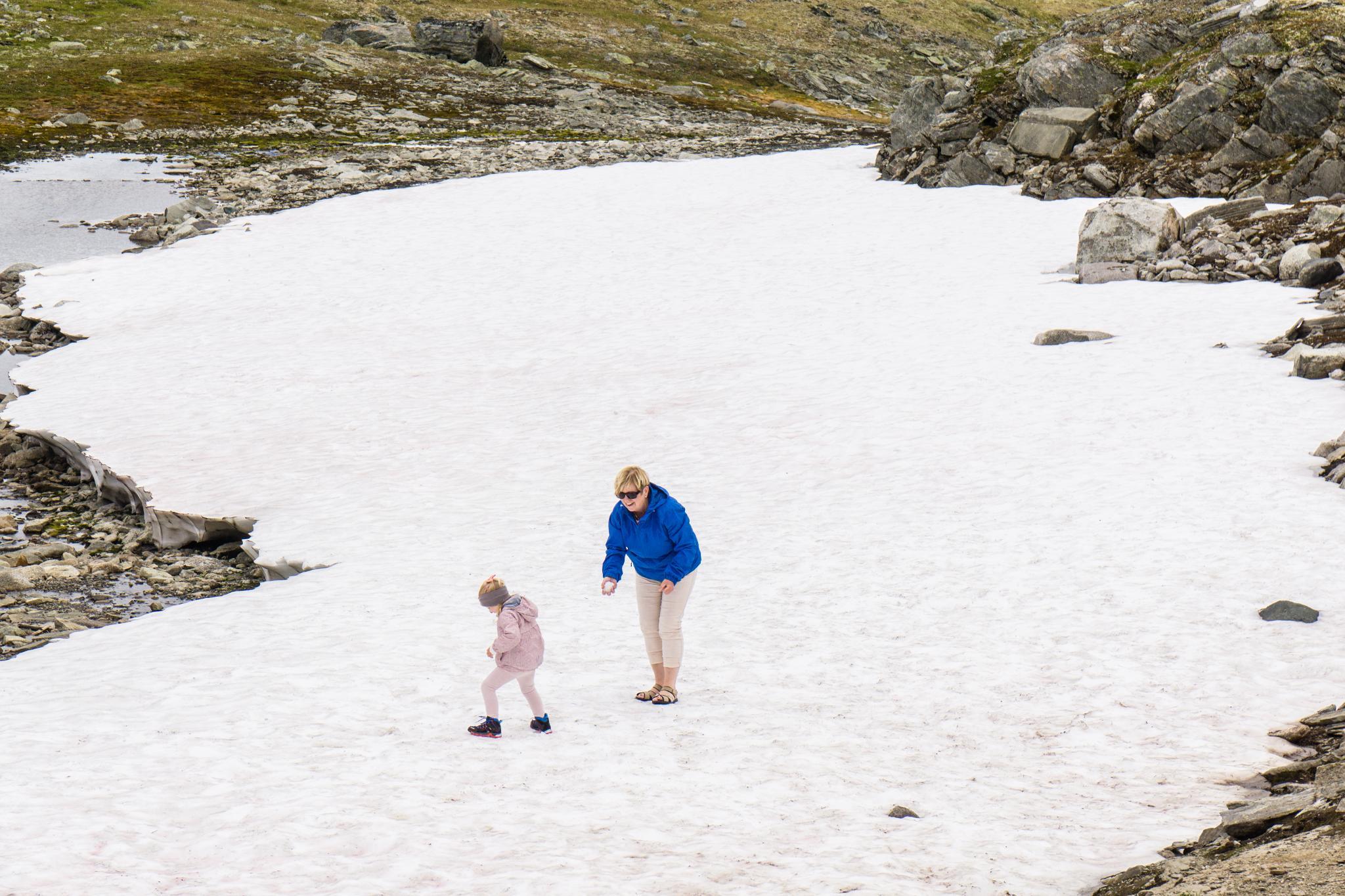 【北歐景點】穿越挪威的屋脊 - 前進北歐最美的冰原景觀公路 Fv55松恩山路 (Sognefjellet) 33