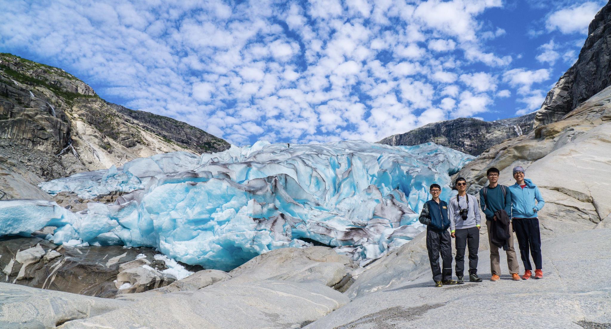 【北歐景點】冒險挪威!峽灣區最刺激的冰河健行 - Nigardsbreen Long Blue Ice Hike 1