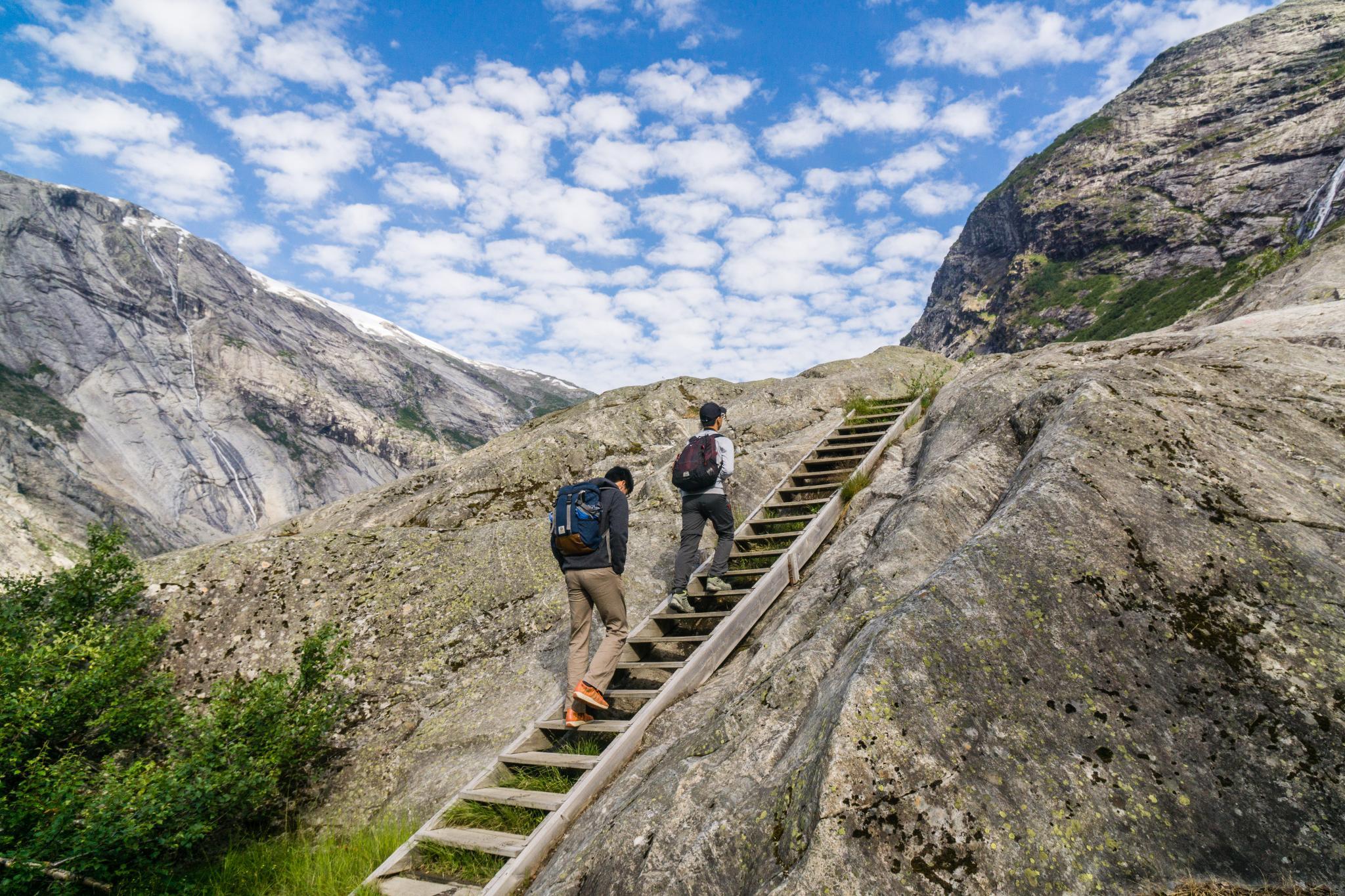 【北歐景點】冒險挪威!峽灣區最刺激的冰河健行 - Nigardsbreen Long Blue Ice Hike 12