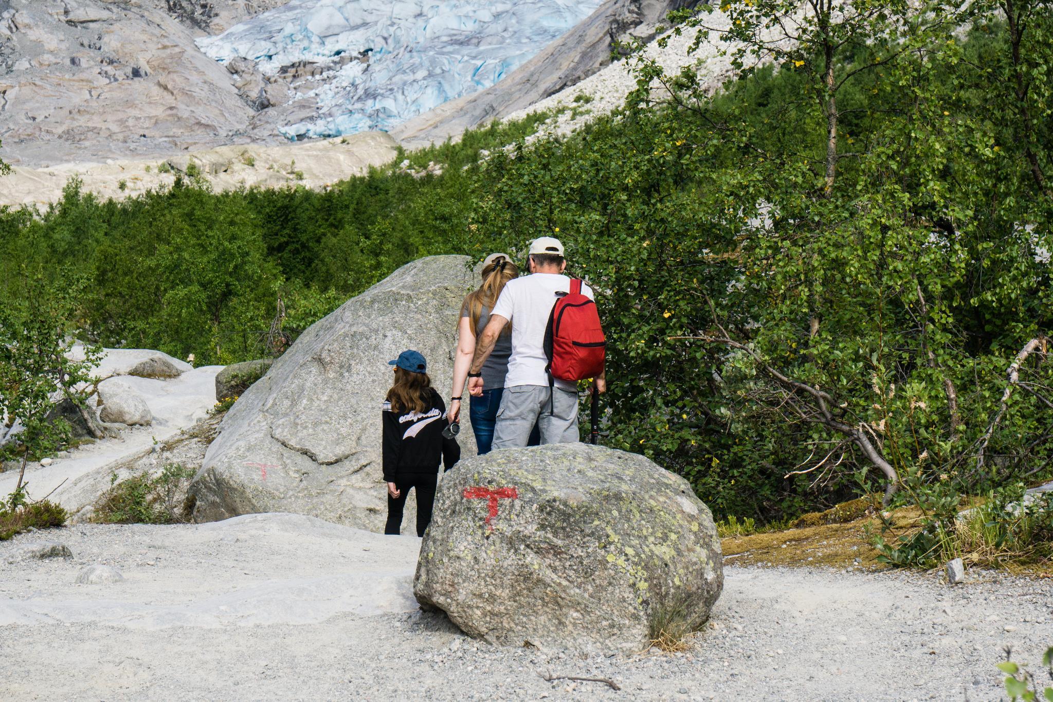 【北歐景點】冒險挪威!峽灣區最刺激的冰河健行 - Nigardsbreen Long Blue Ice Hike 17