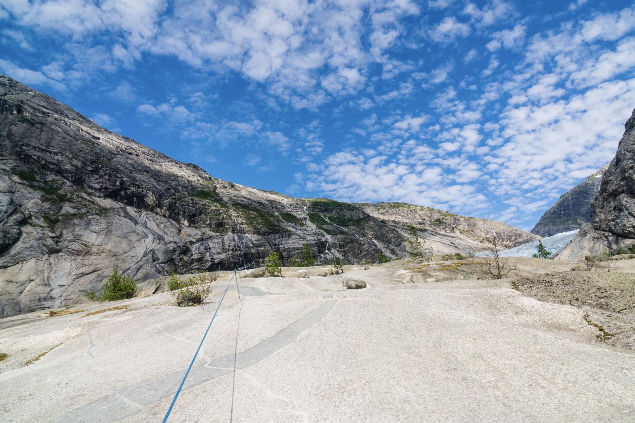【北歐景點】冒險挪威!峽灣區最刺激的冰河健行 - Nigardsbreen Long Blue Ice Hike 16