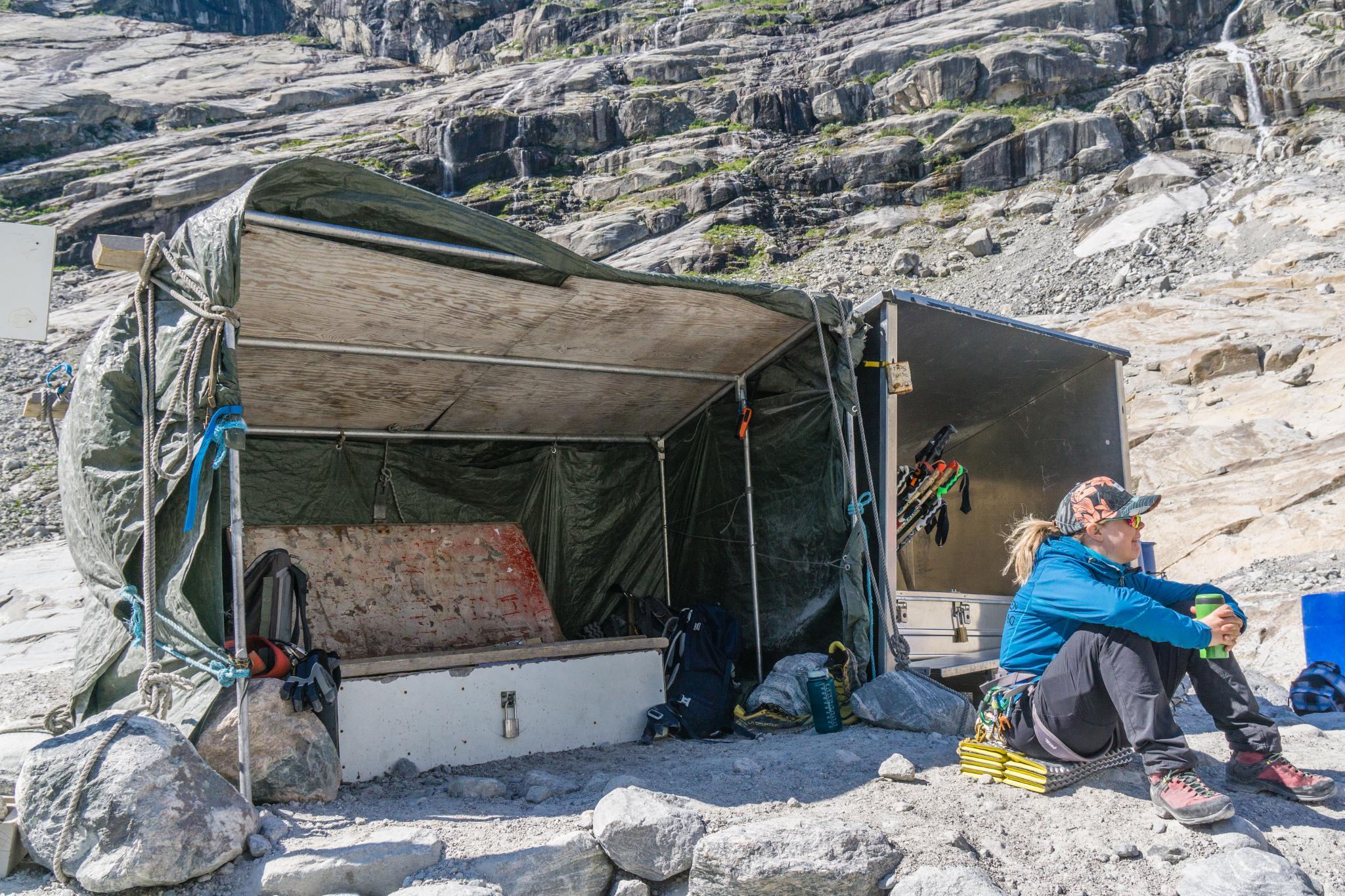 【北歐景點】冒險挪威!峽灣區最刺激的冰河健行 - Nigardsbreen Long Blue Ice Hike 27