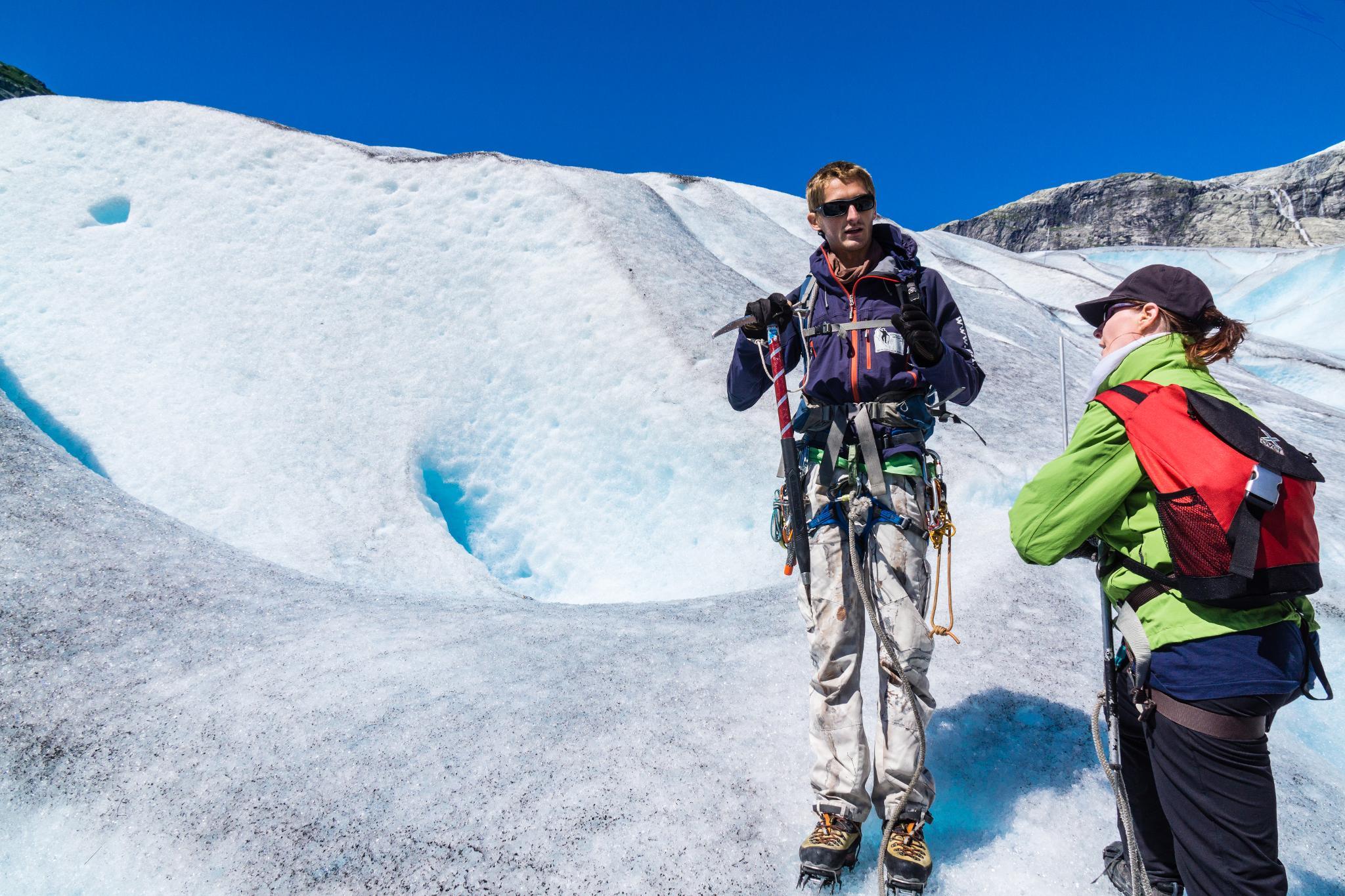 【北歐景點】冒險挪威!峽灣區最刺激的冰河健行 - Nigardsbreen Long Blue Ice Hike 39