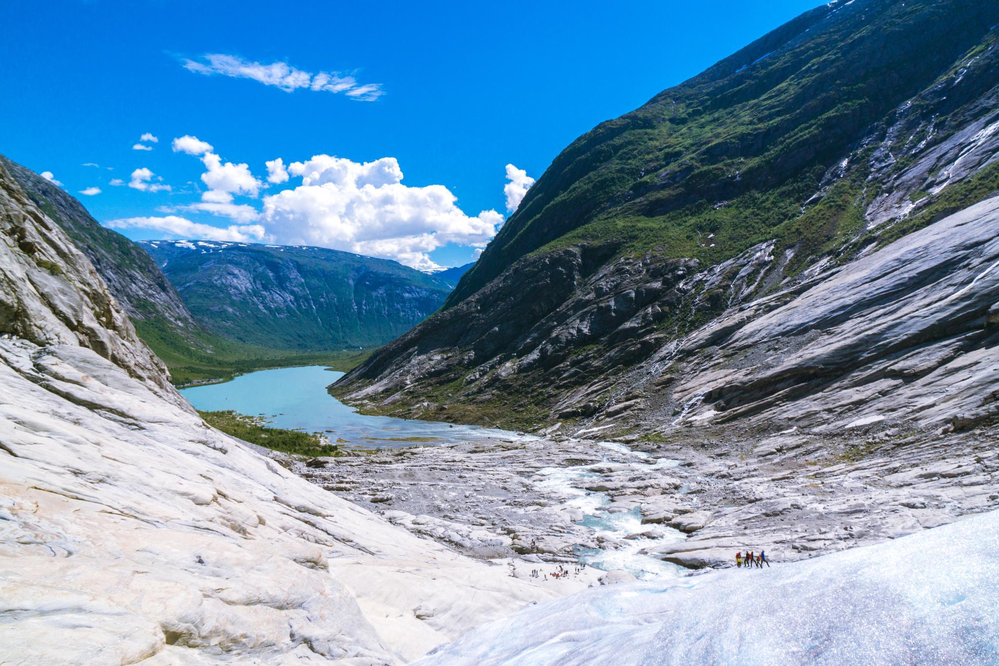 【北歐景點】冒險挪威!峽灣區最刺激的冰河健行 - Nigardsbreen Long Blue Ice Hike 40