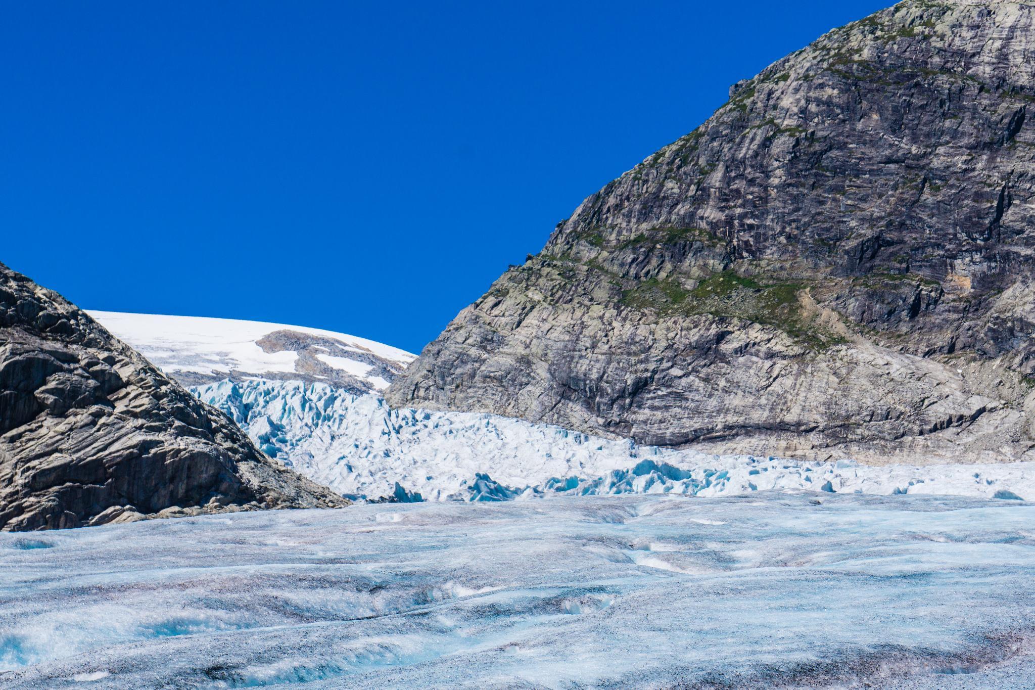 【北歐景點】冒險挪威!峽灣區最刺激的冰河健行 - Nigardsbreen Long Blue Ice Hike 49