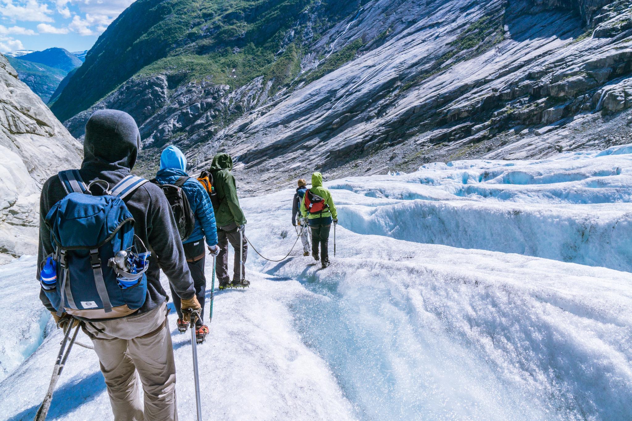 【北歐景點】冒險挪威!峽灣區最刺激的冰河健行 - Nigardsbreen Long Blue Ice Hike 54