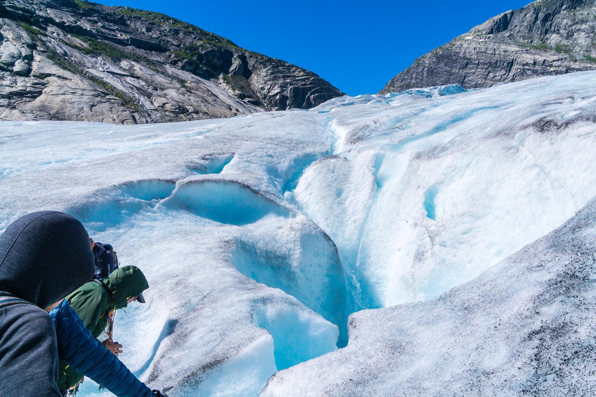 【北歐景點】冒險挪威!峽灣區最刺激的冰河健行 - Nigardsbreen Long Blue Ice Hike 55