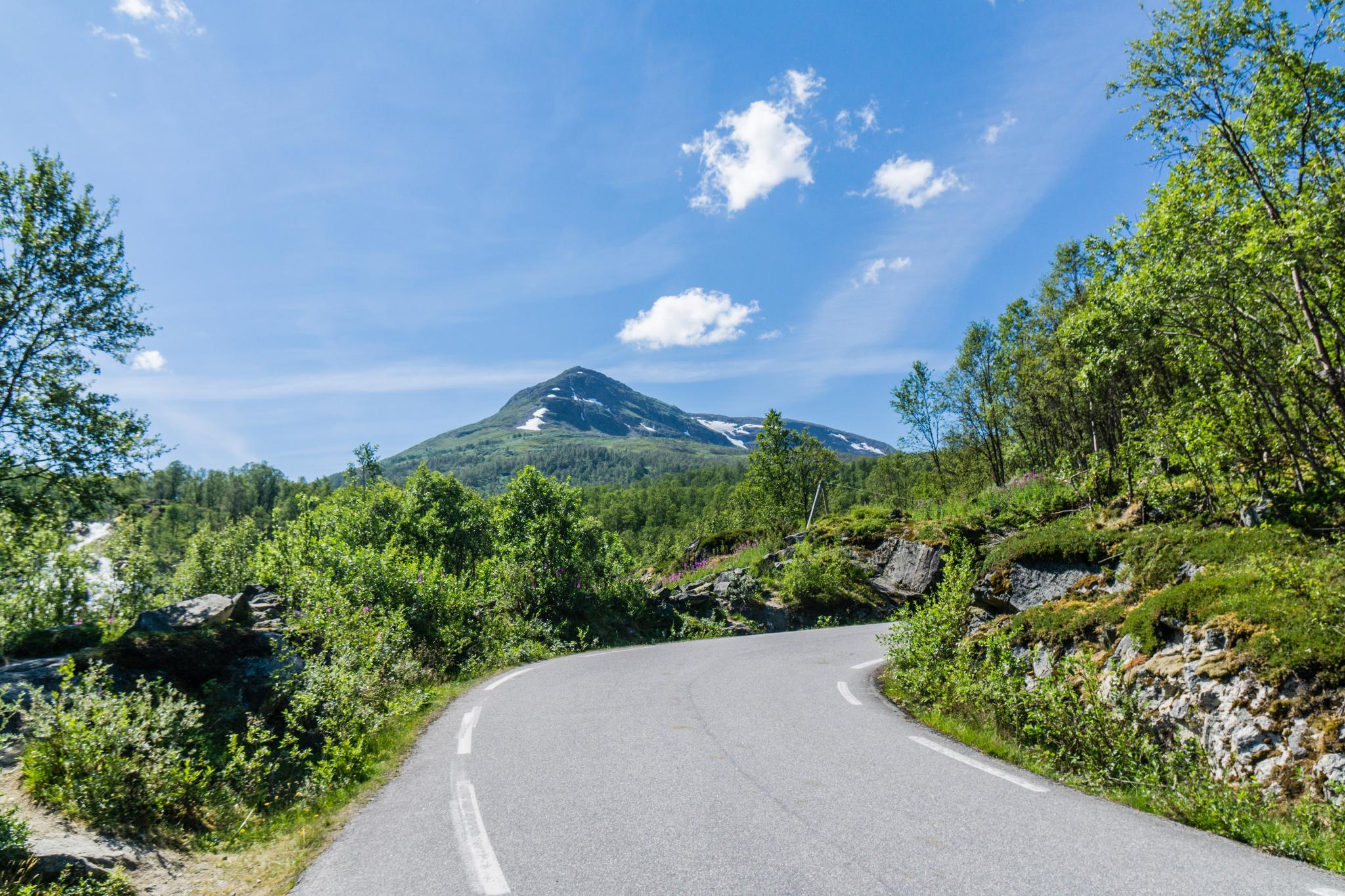 【北歐景點】世界最美景觀公路 - 俯瞰挪威松恩峽灣的 Fv243 雪之路 (Aurlandsfjellet) 4