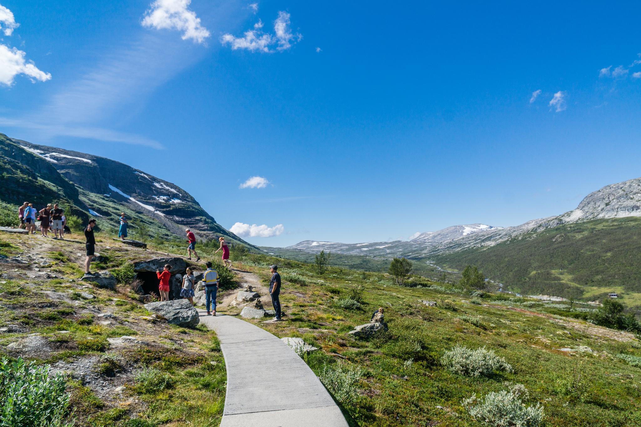 【北歐景點】世界最美景觀公路 - 俯瞰挪威松恩峽灣的 Fv243 雪之路 (Aurlandsfjellet) 12