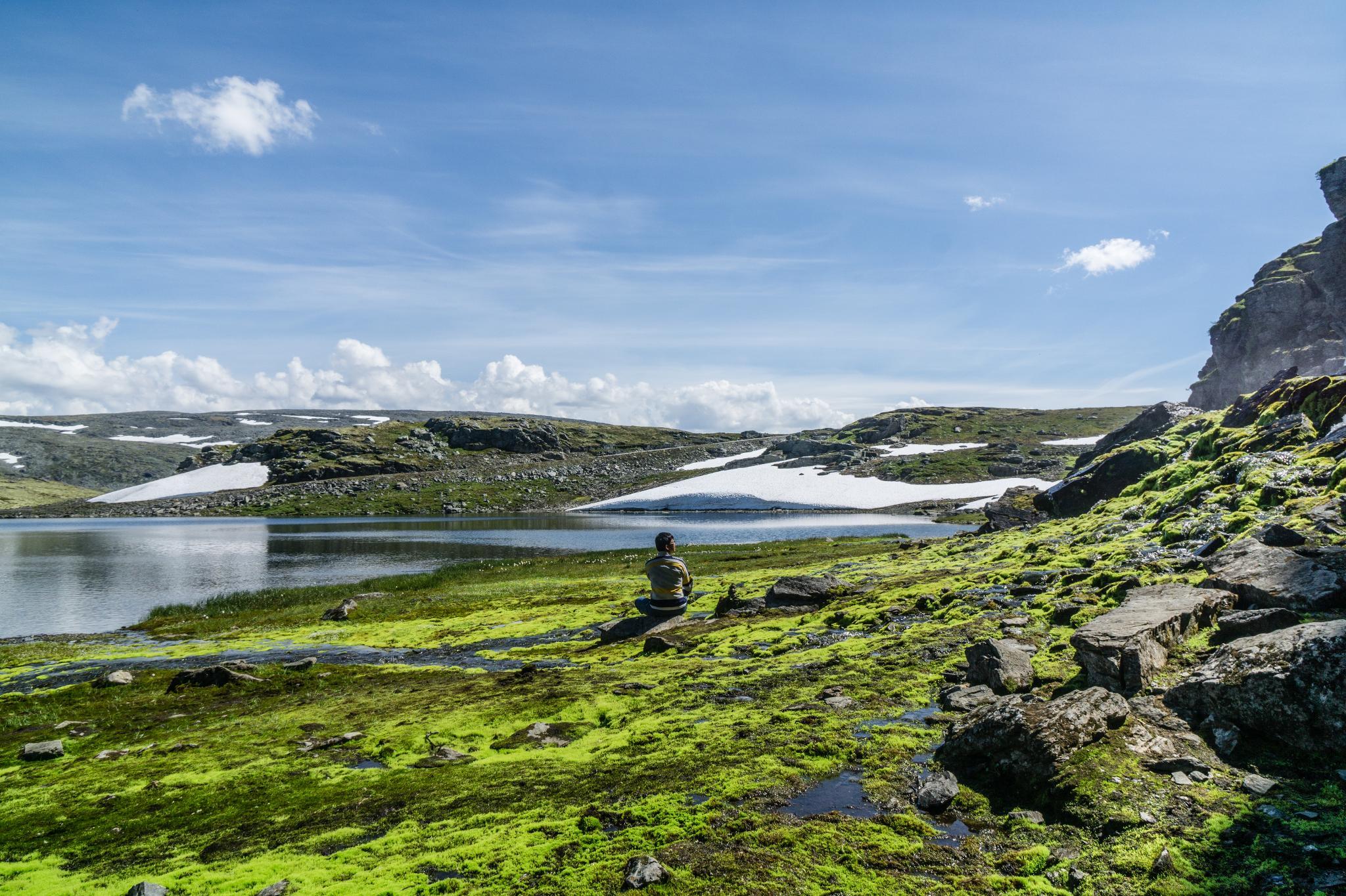 【北歐景點】世界最美景觀公路 - 俯瞰挪威松恩峽灣的 Fv243 雪之路 (Aurlandsfjellet) 22