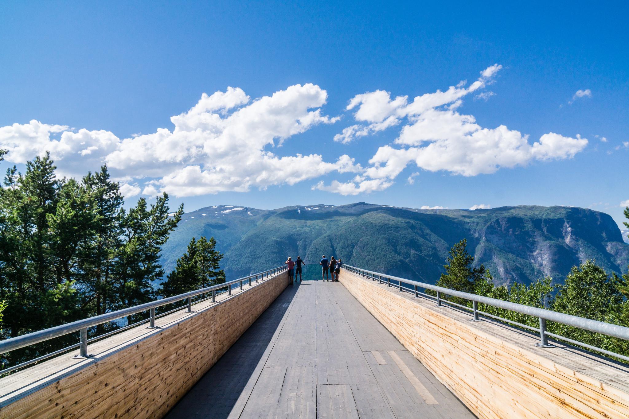 【北歐景點】世界最美景觀公路 - 俯瞰挪威松恩峽灣的 Fv243 雪之路 (Aurlandsfjellet) 29