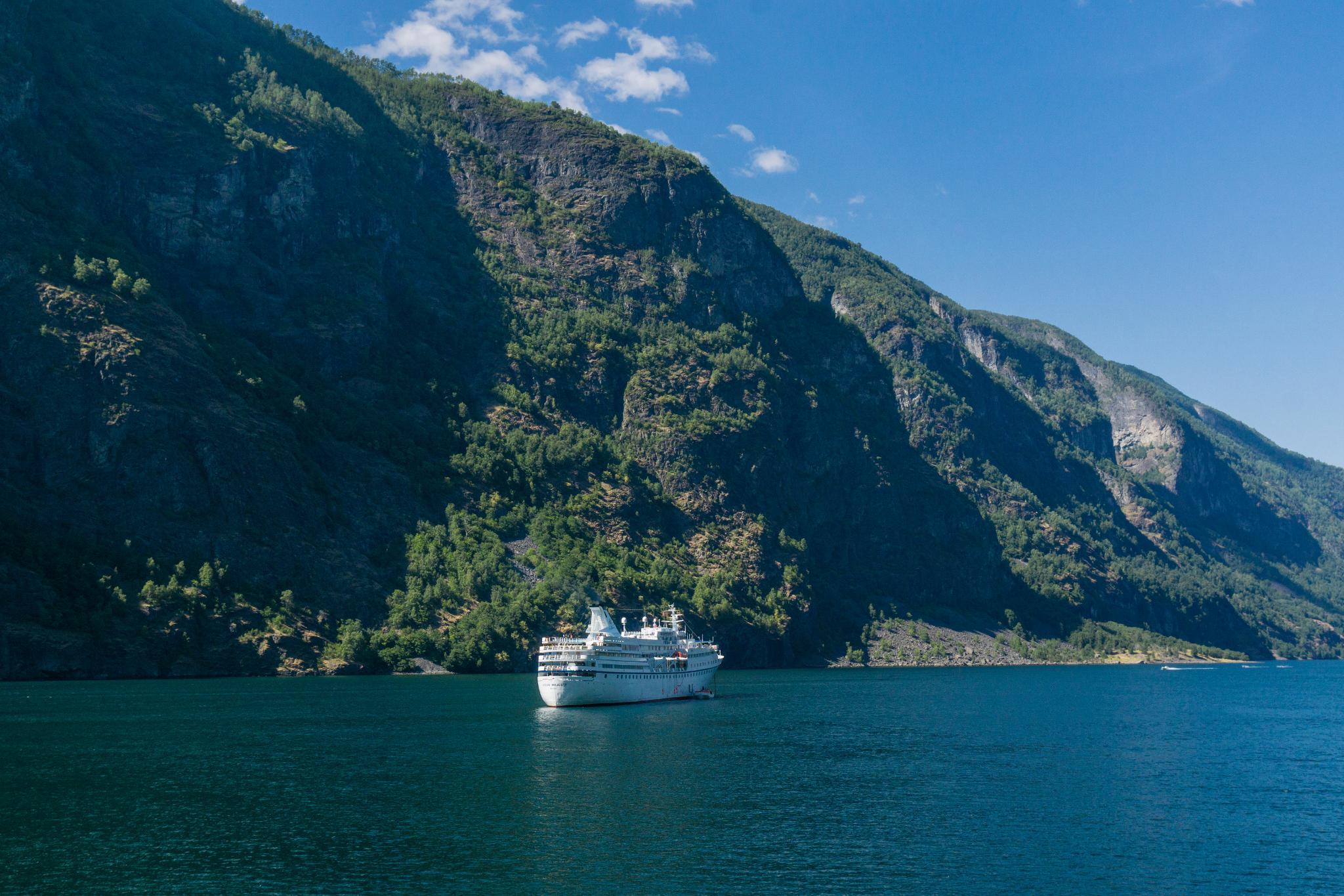 【北歐景點】世界最美景觀公路 - 俯瞰挪威松恩峽灣的 Fv243 雪之路 (Aurlandsfjellet) 39