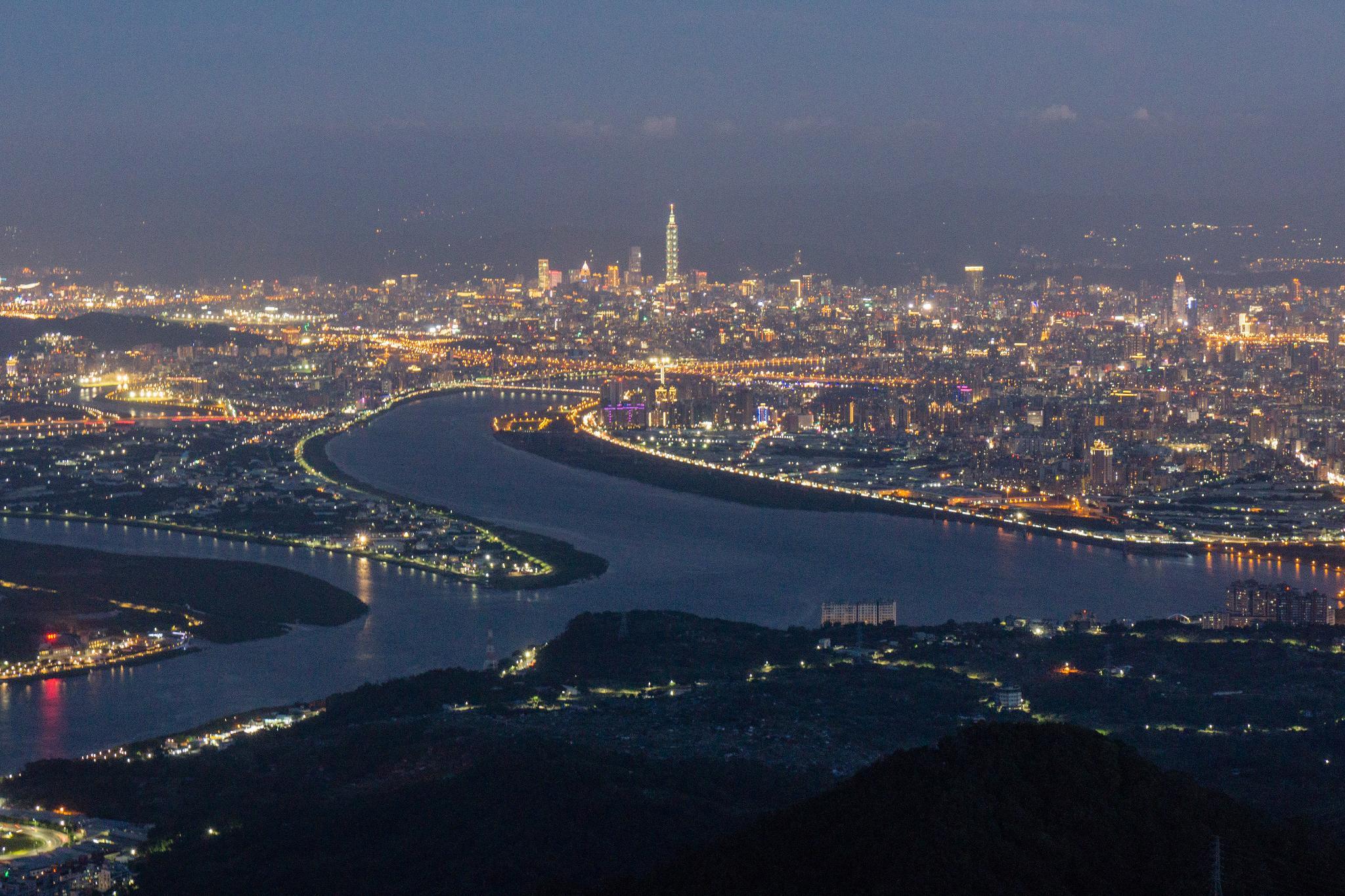 【臺北】觀音山硬漢嶺 — 瞭望大台北地區最推薦的觀景台 15