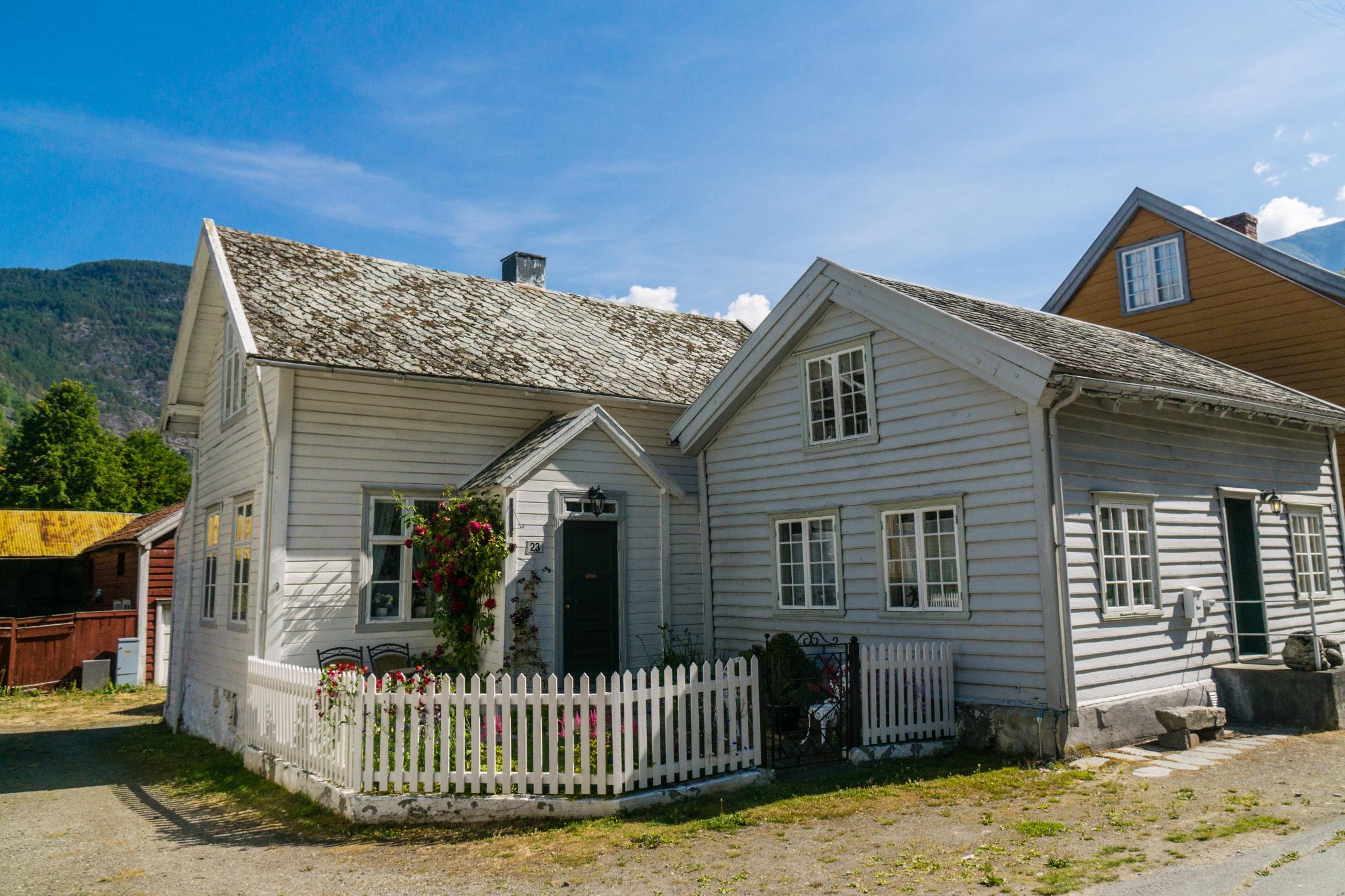 【北歐景點】Lærdalsøyri 世遺松恩峽灣萊達爾小鎮的仲夏風景 31