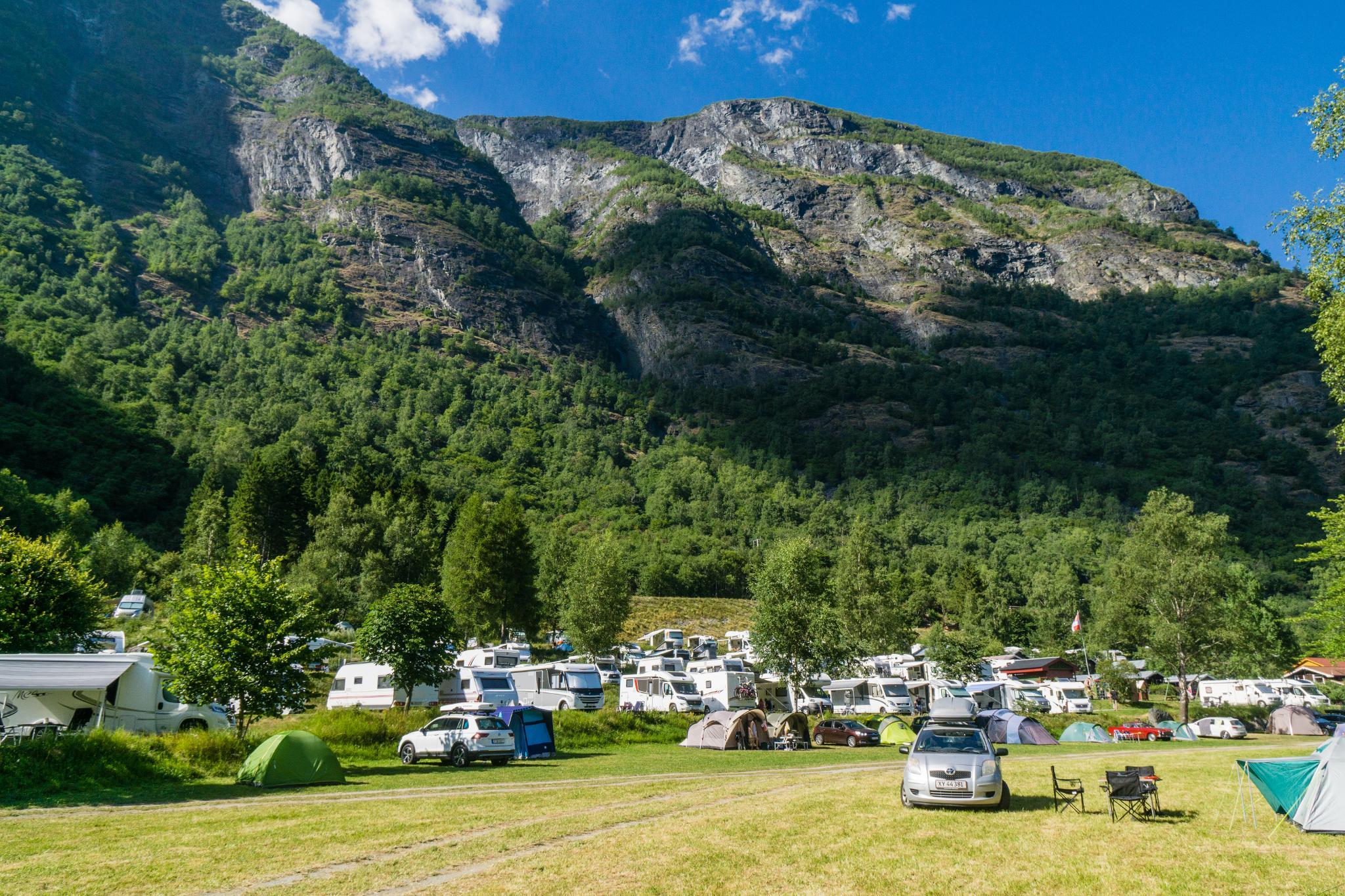 【北歐景點】Flåm 弗洛姆小鎮 — 挪威縮影的重要轉運站 (Flåm Camping與松恩峽灣渡輪介紹) 5