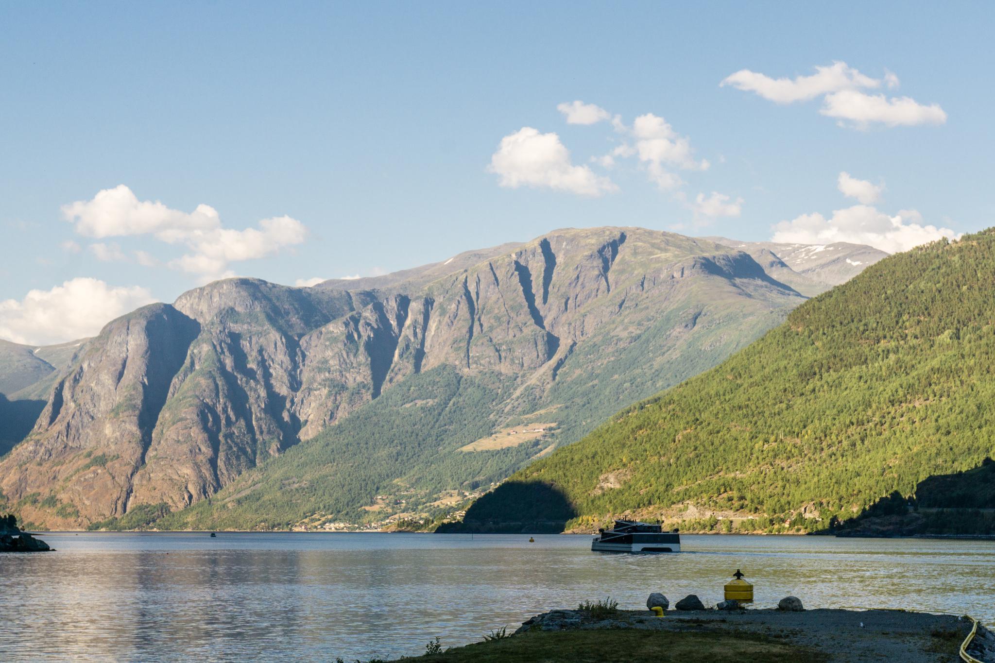 【北歐露營】松恩峽灣推薦露營 Flåm Camping — 挪威縮影的重要轉運站