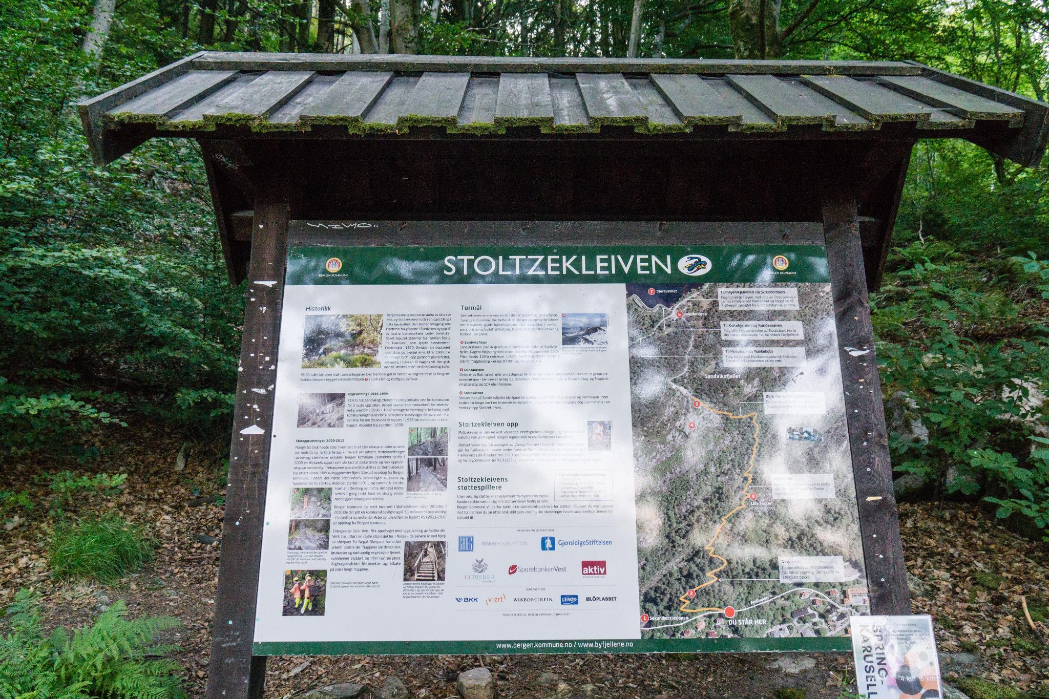 【卑爾根】超級震撼的隱藏版挪威景點 — Stoltzekleiven桑德維克斯石梯與Fløyen佛洛伊恩觀景台大縱走 6