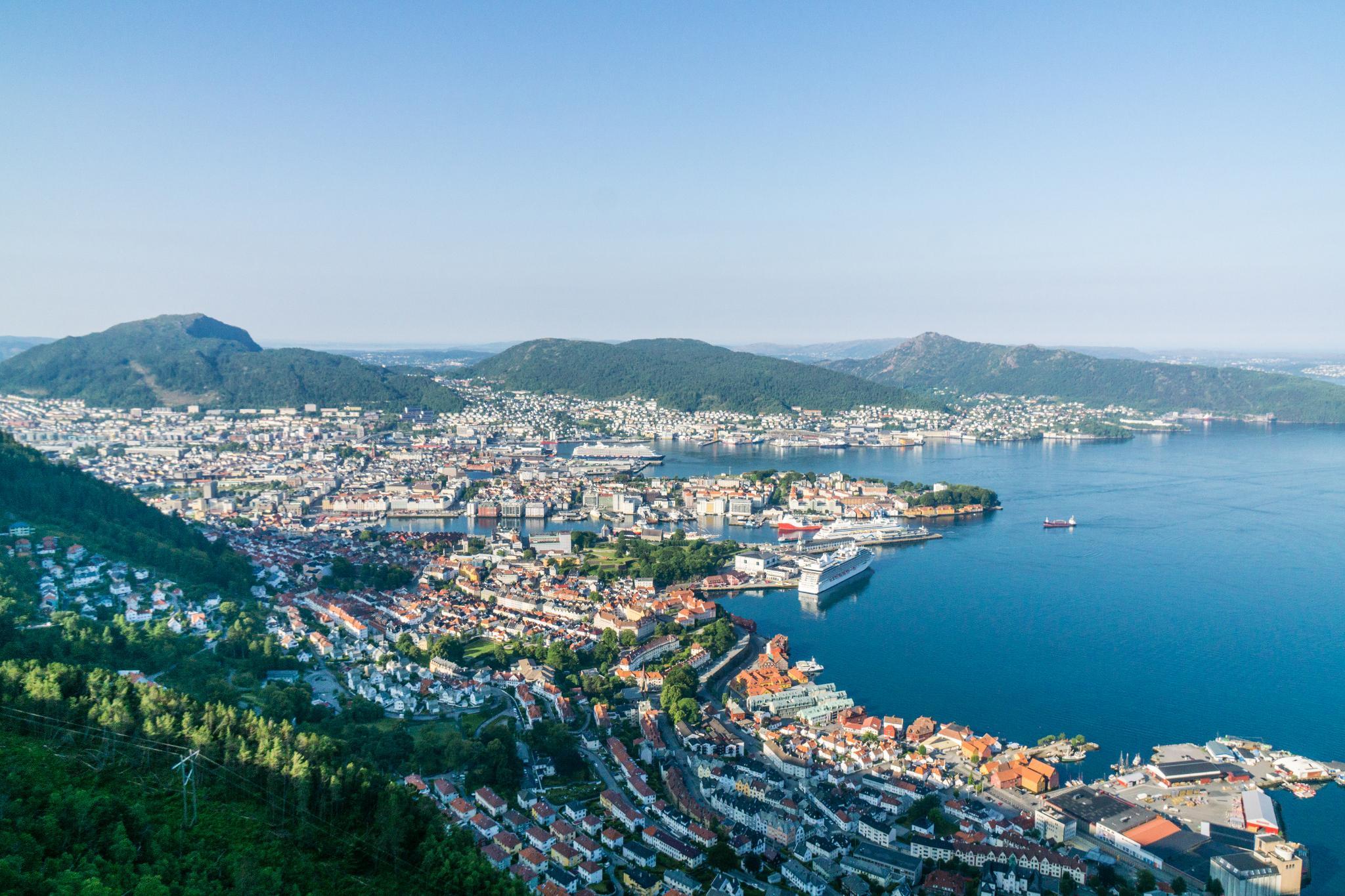 【卑爾根】超級震撼的隱藏版挪威景點 — Stoltzekleiven桑德維克斯石梯與Fløyen佛洛伊恩觀景台大縱走 11