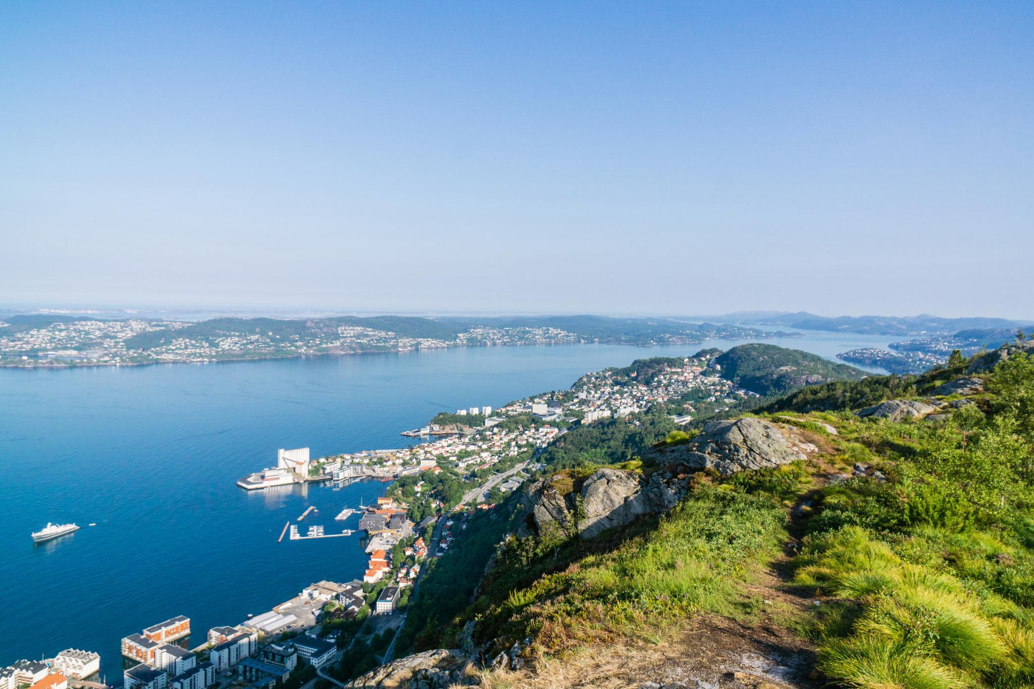 【卑爾根】超級震撼的隱藏版挪威景點 — Stoltzekleiven桑德維克斯石梯與Fløyen佛洛伊恩觀景台大縱走 14