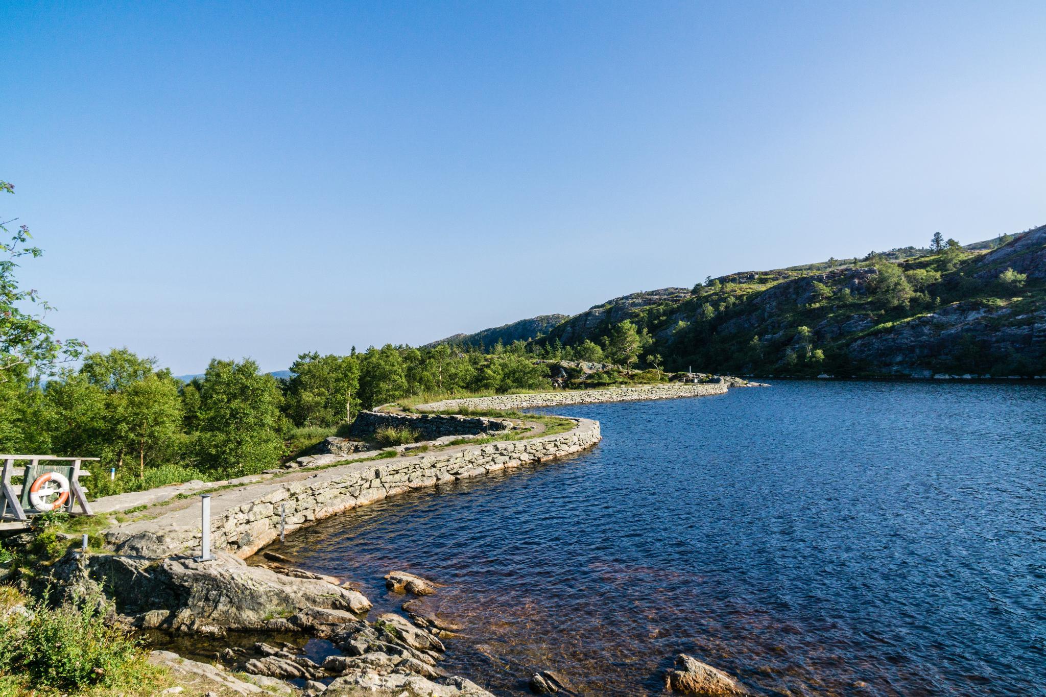【卑爾根】超級震撼的隱藏版挪威景點 — Stoltzekleiven桑德維克斯石梯與Fløyen佛洛伊恩觀景台大縱走 19