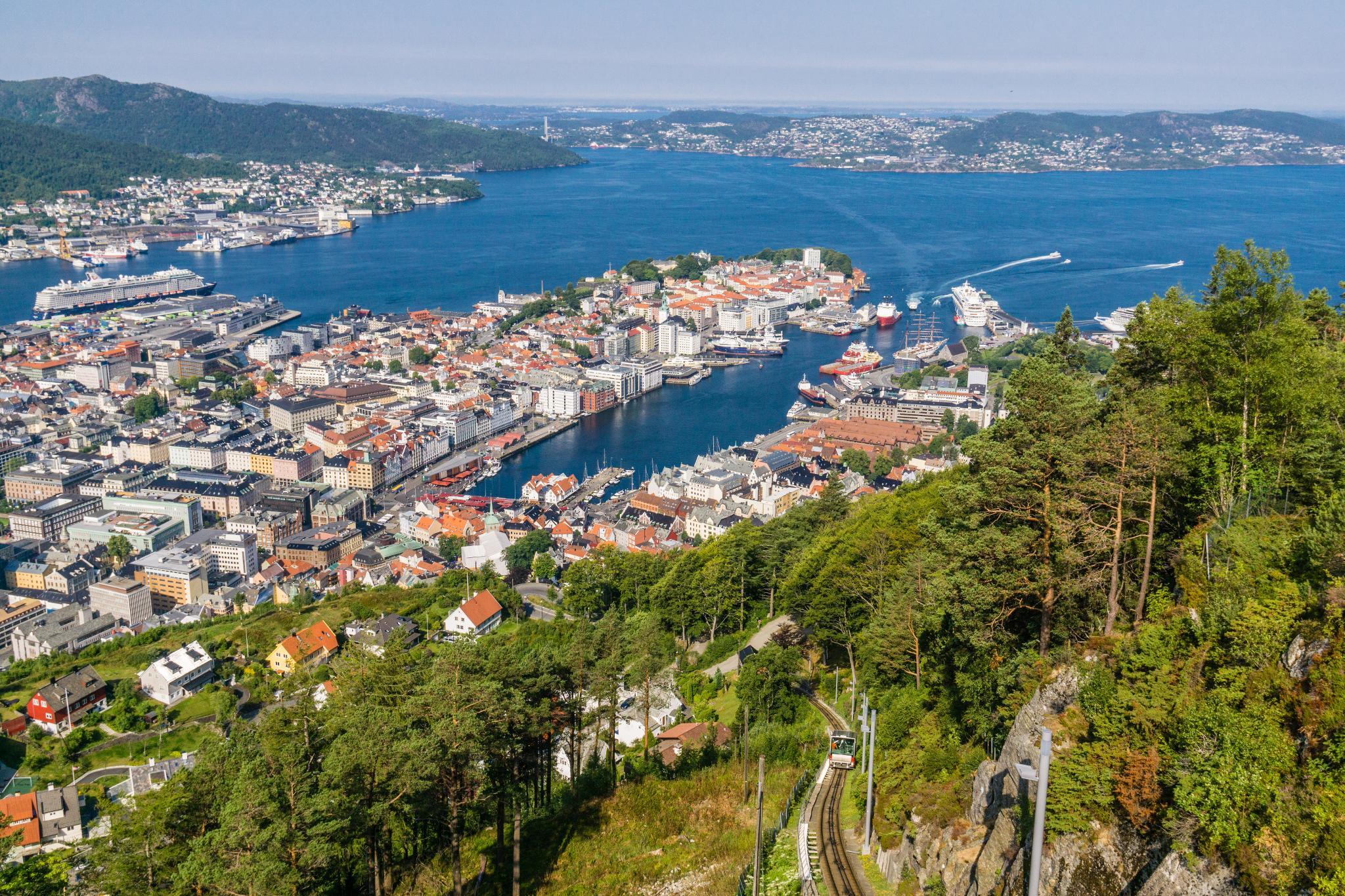 【卑爾根】超級震撼的隱藏版挪威景點 — Stoltzekleiven桑德維克斯石梯與Fløyen佛洛伊恩觀景台大縱走 30