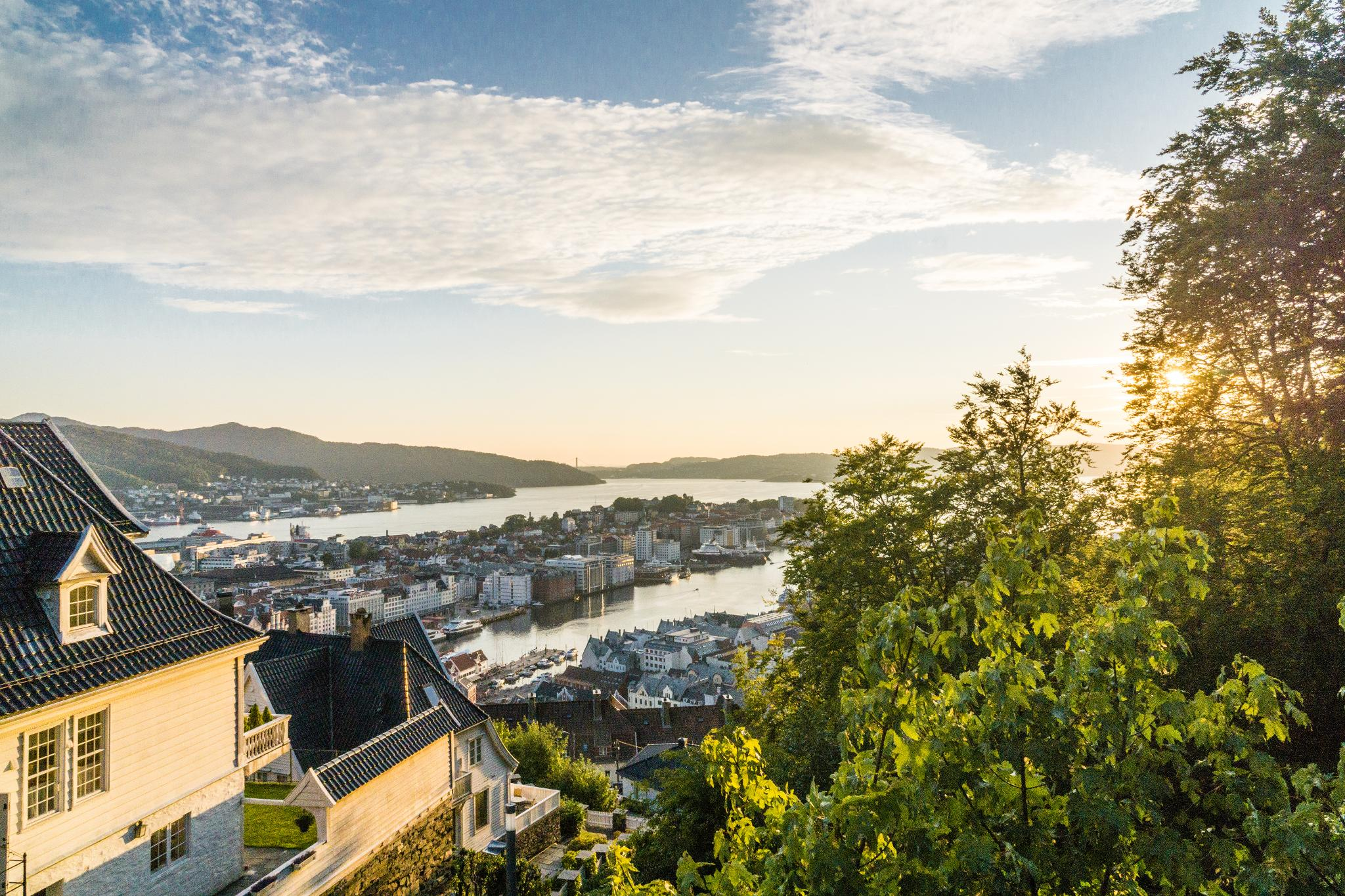【卑爾根】Fløyen 佛洛伊恩山纜車與觀景台 — 擁抱文化港都的百萬美景 106