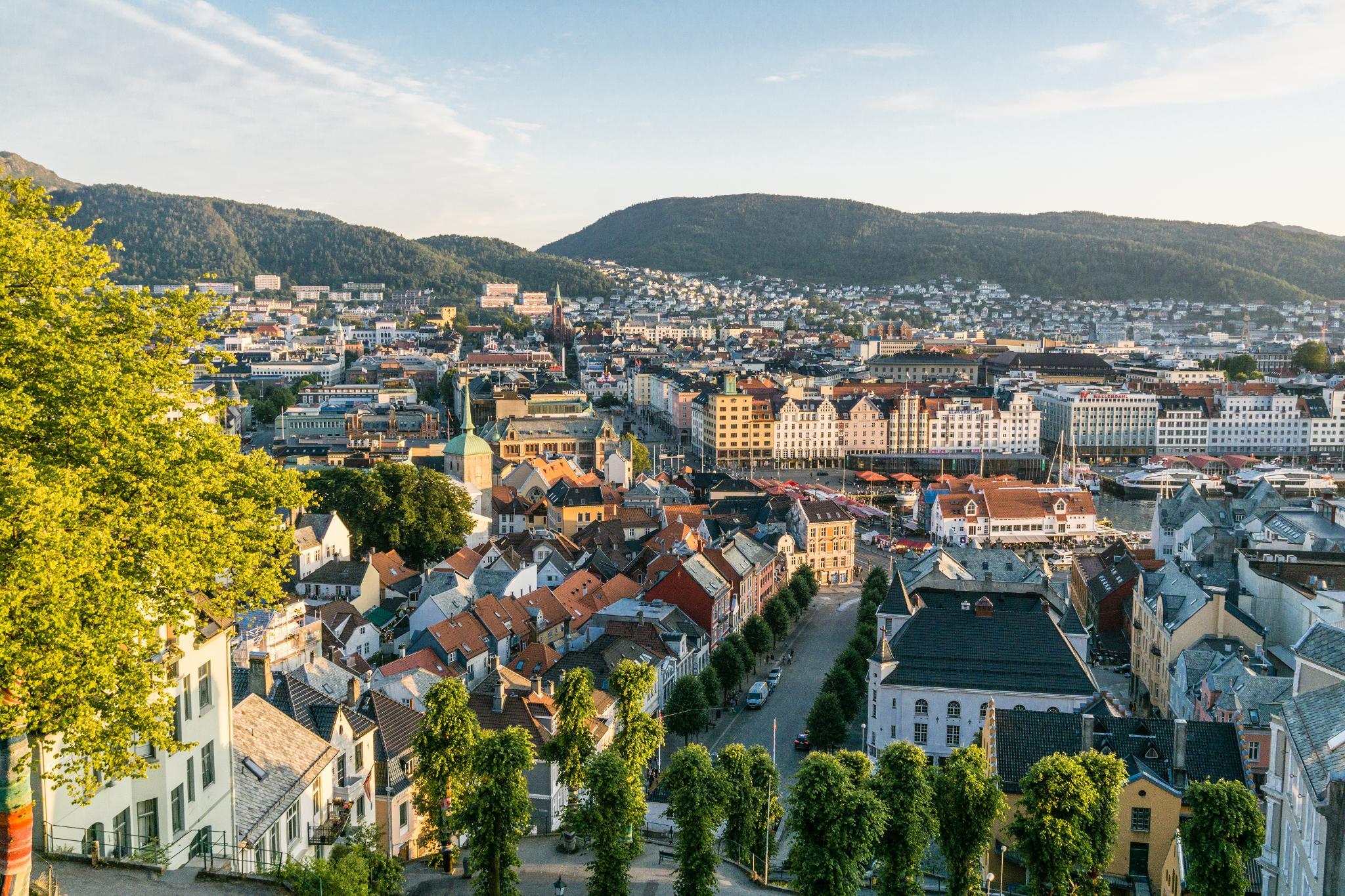 【卑爾根】Fløyen 佛洛伊恩山纜車與觀景台 — 擁抱文化港都的百萬美景 107