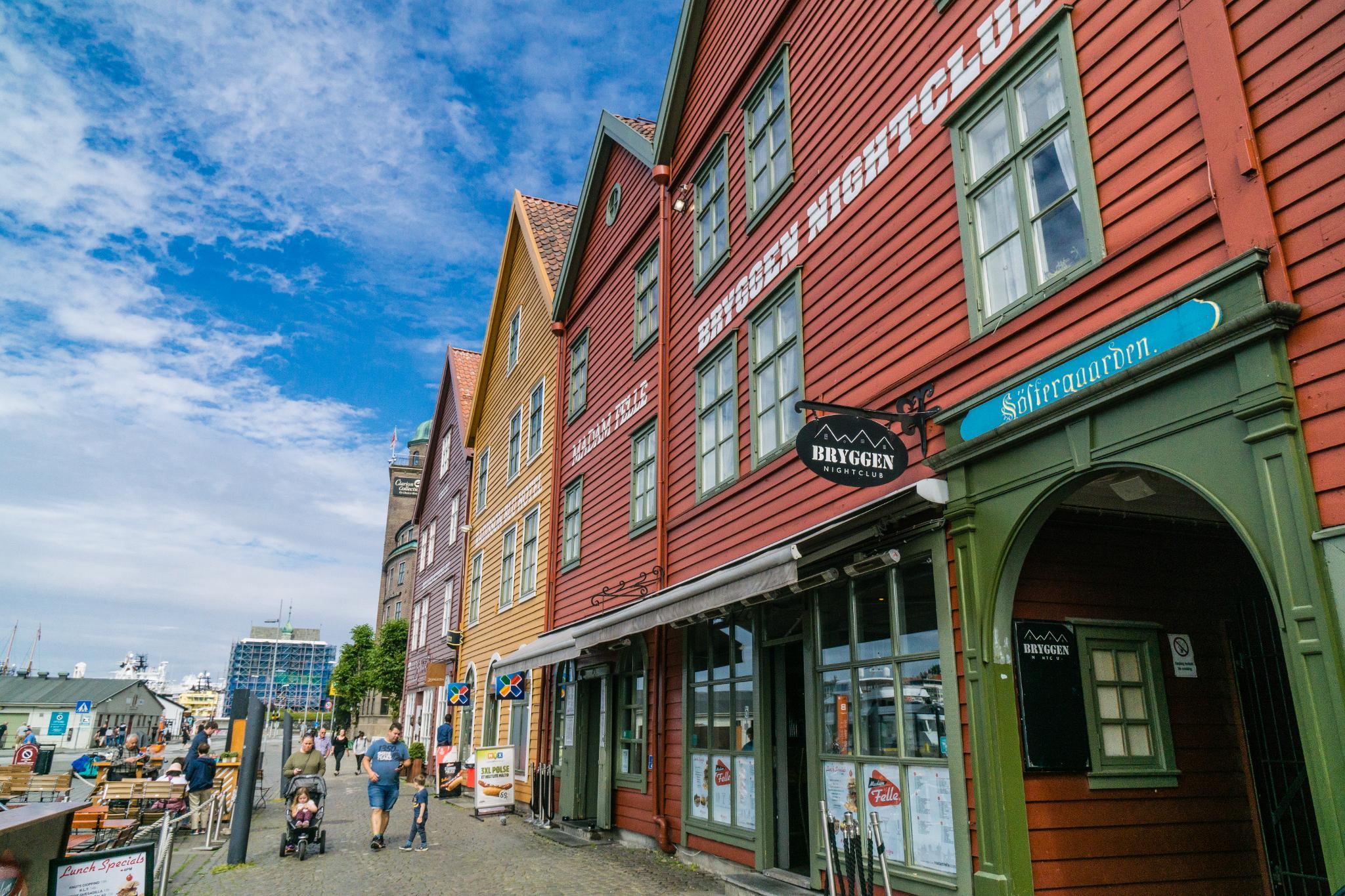 【卑爾根】Bryggen 世界遺產布呂根 — 迷失在百年歷史的挪威彩色木屋 10