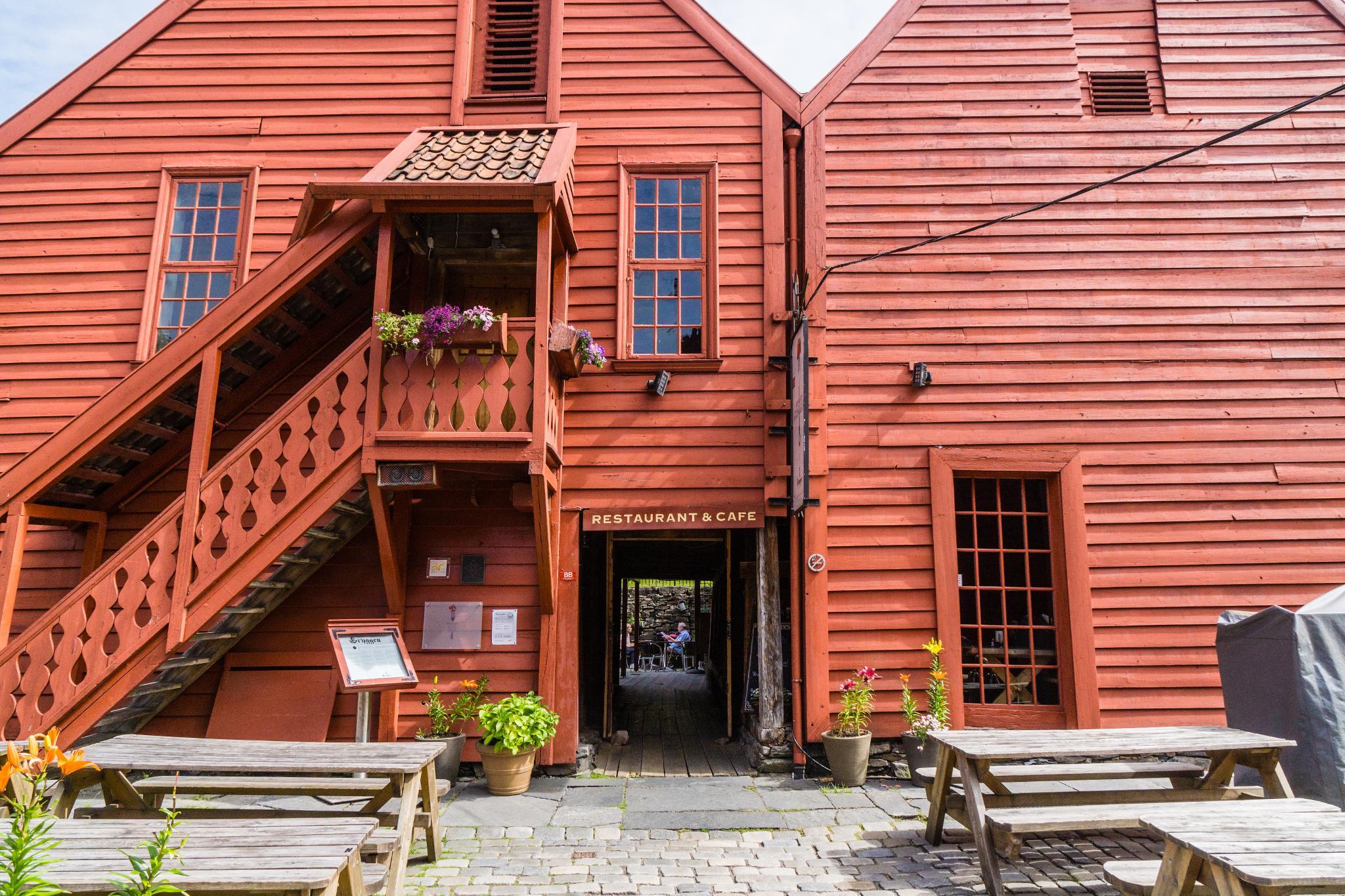 【卑爾根】Bryggen 世界遺產布呂根 — 迷失在百年歷史的挪威彩色木屋 20