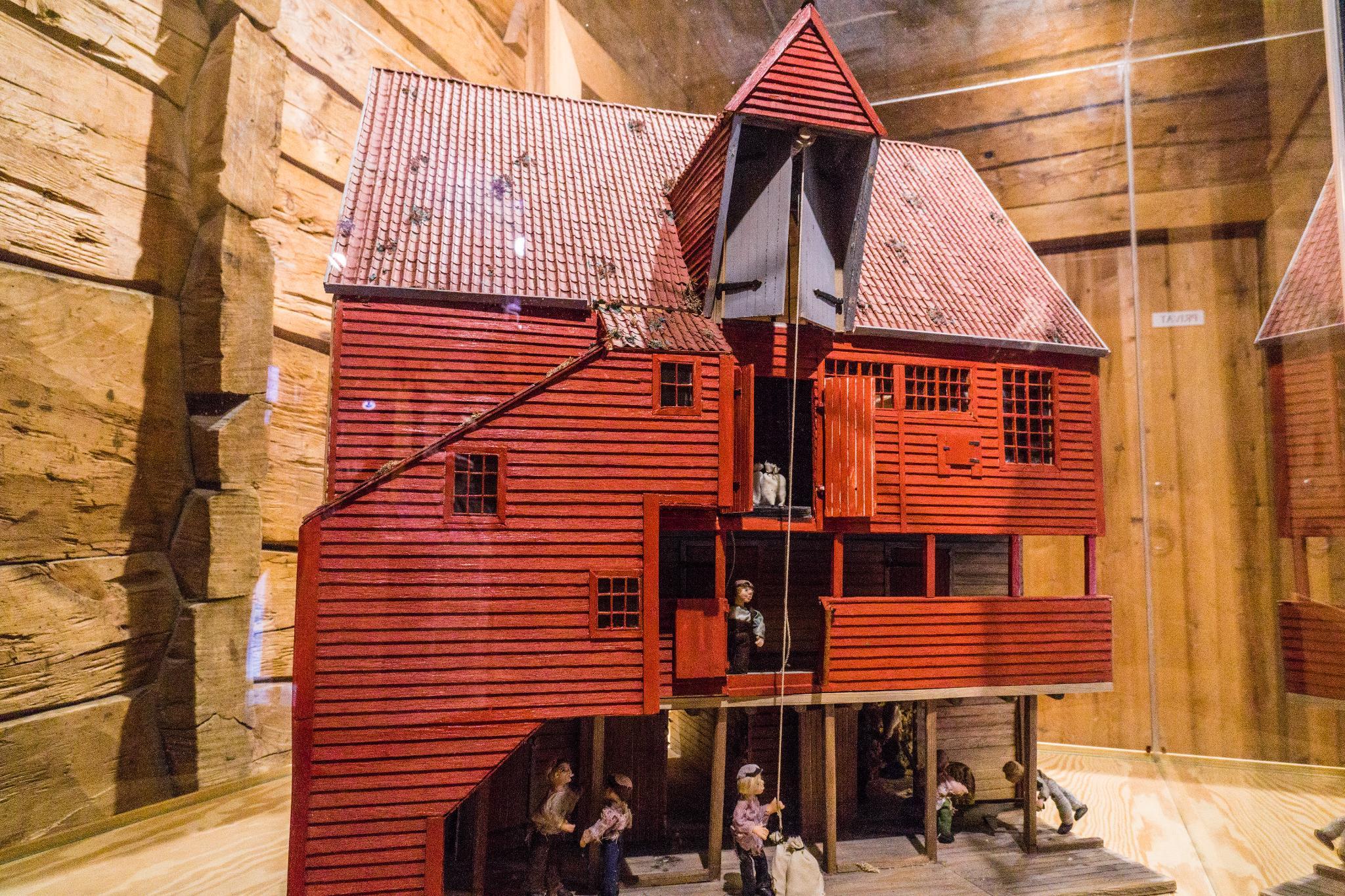 【卑爾根】Bryggen 世界遺產布呂根 — 迷失在百年歷史的挪威彩色木屋 25