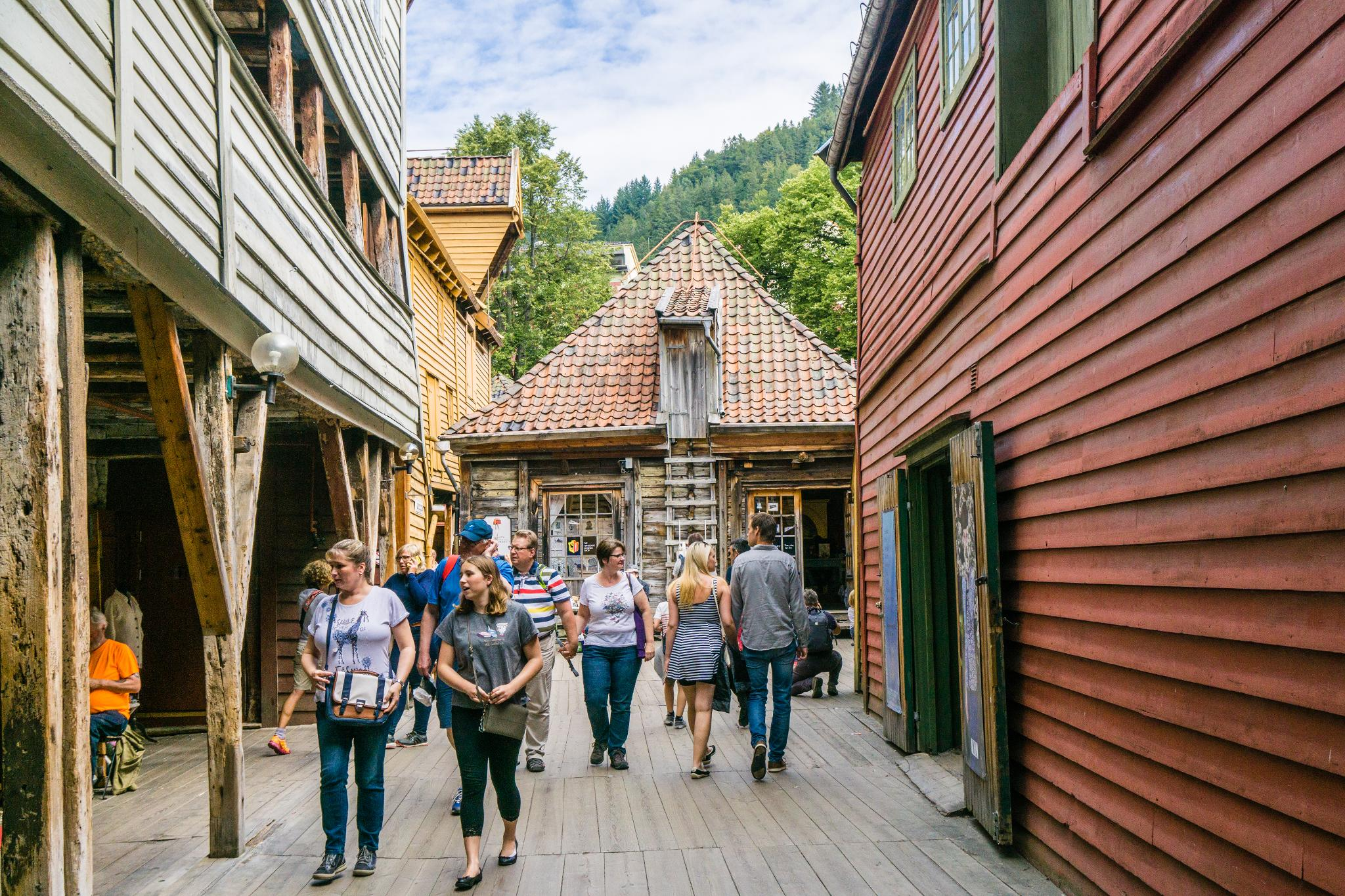 【卑爾根】Bryggen 世界遺產布呂根 — 迷失在百年歷史的挪威彩色木屋 26